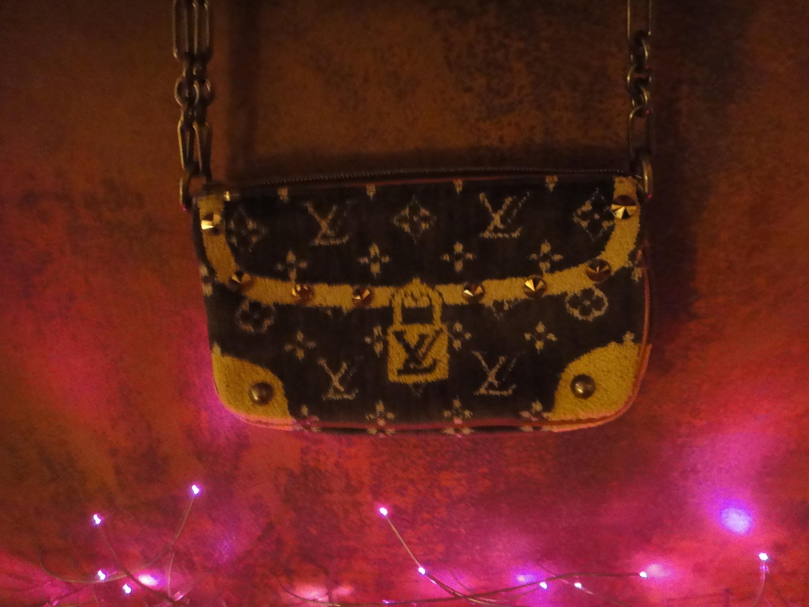 Louis Vuitton Trompe l'Oeil Pochette Accessoires,rust picture by REKLA