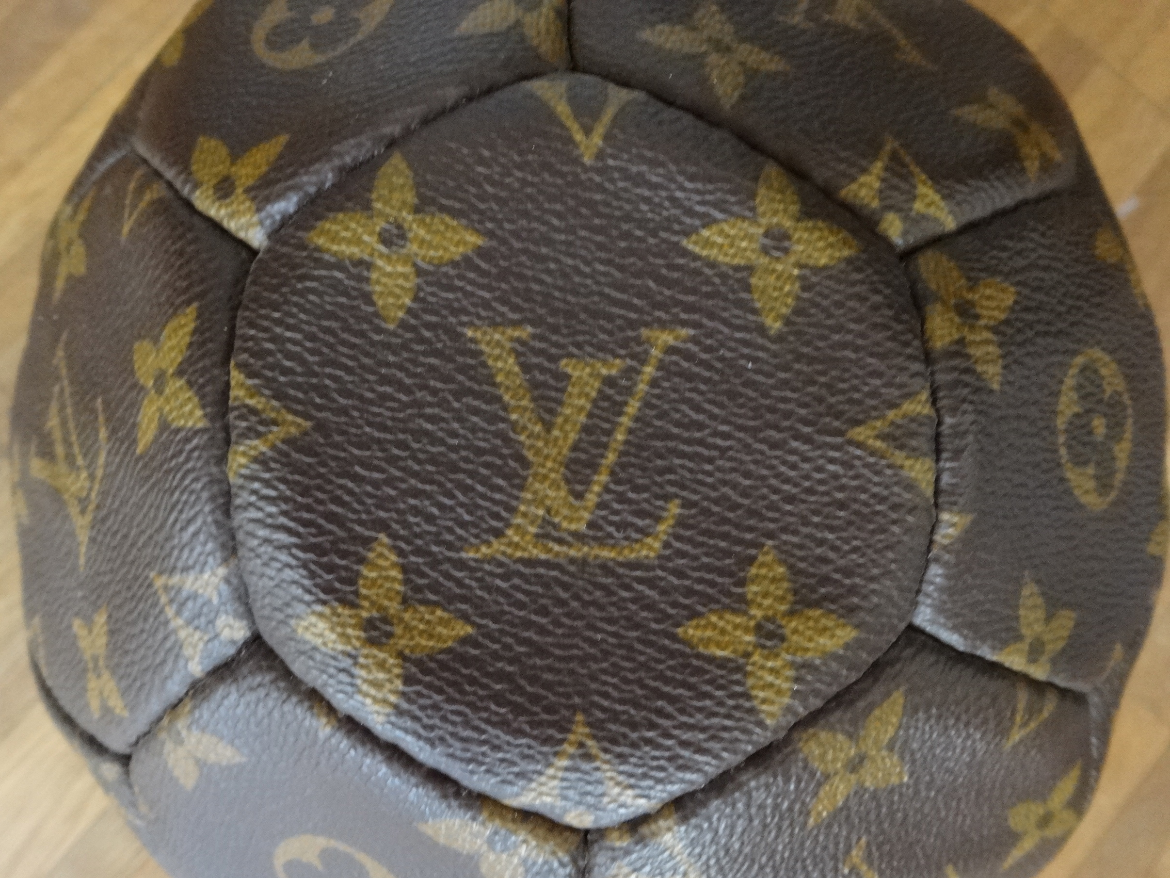 Louis Vuitton Football et Fillet HappyFace313