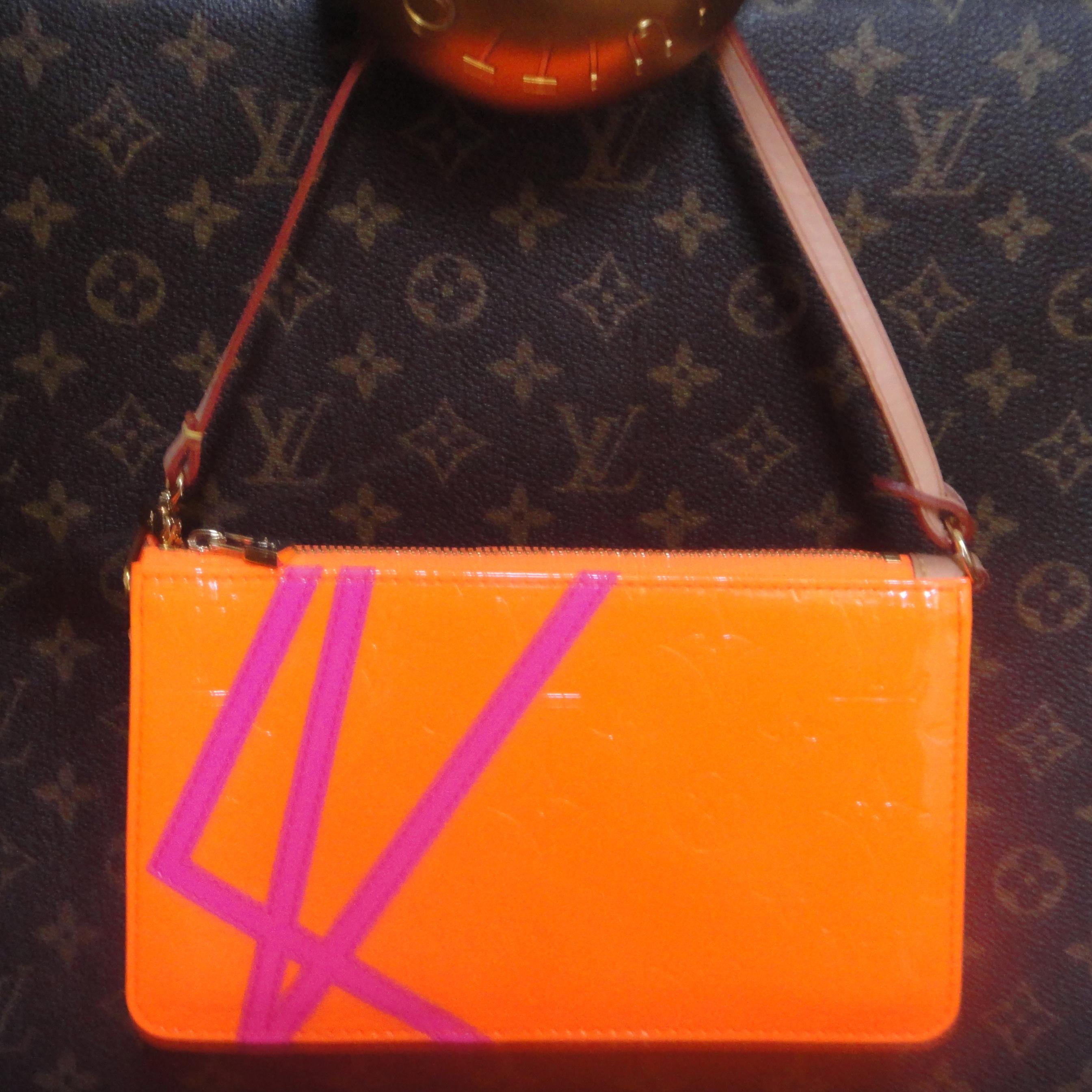 Louis Vuitton Vernis Fluo Robert Wilson