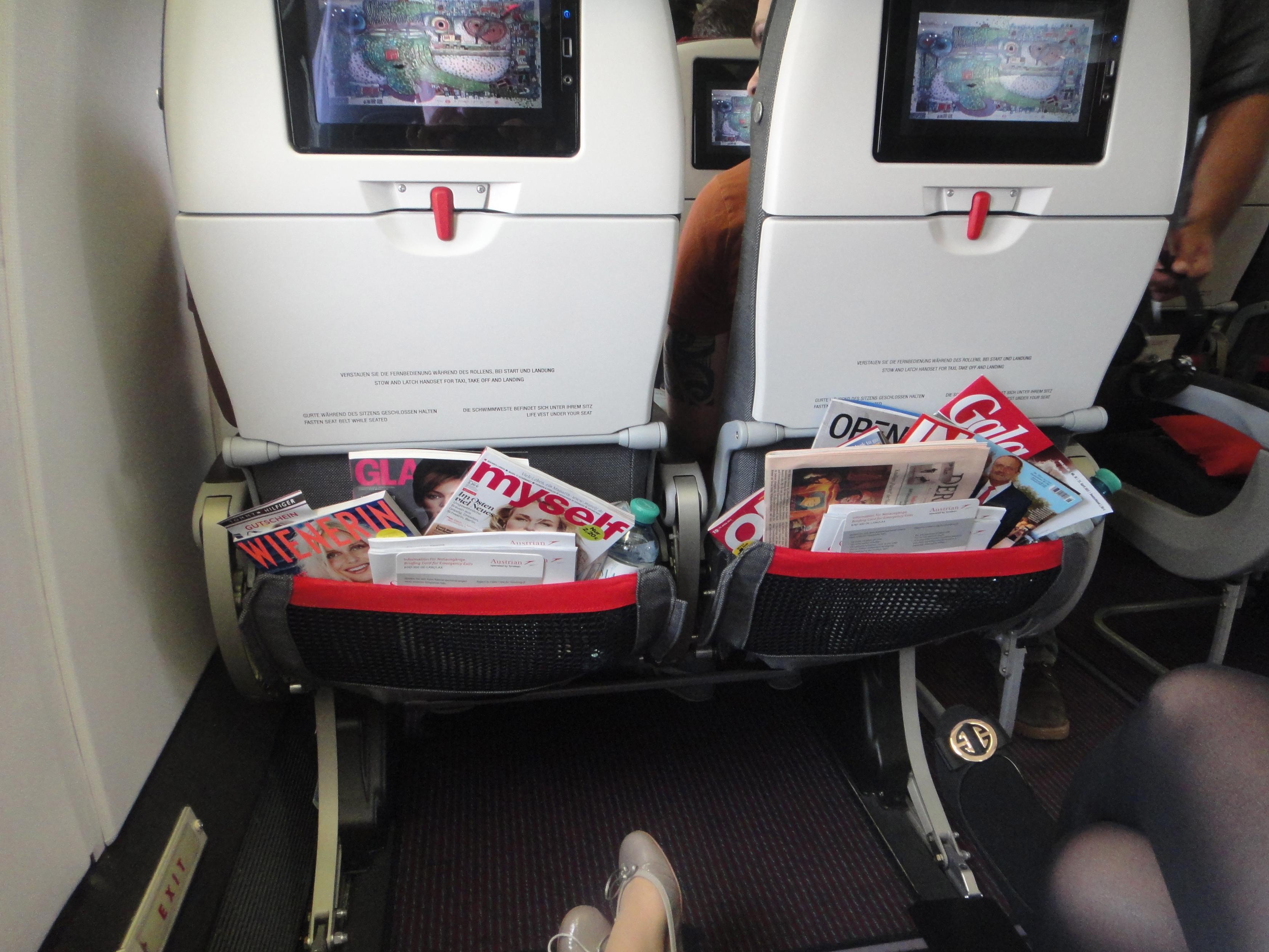 masses of space - Austrian Airlines emergency exit seats Endlos Platz - Sitze am Notausgang in der AUA