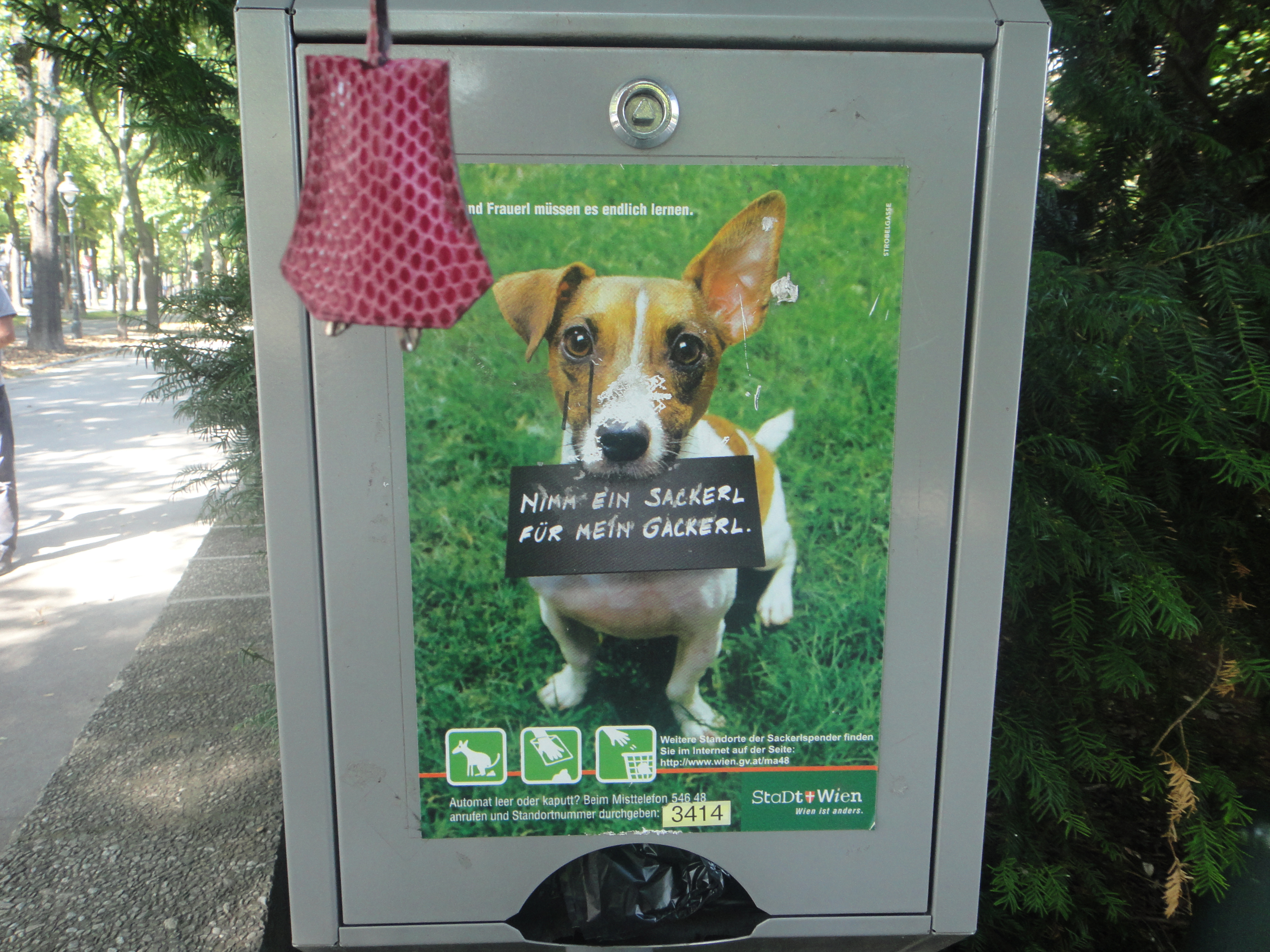 get your bags for dog poo here