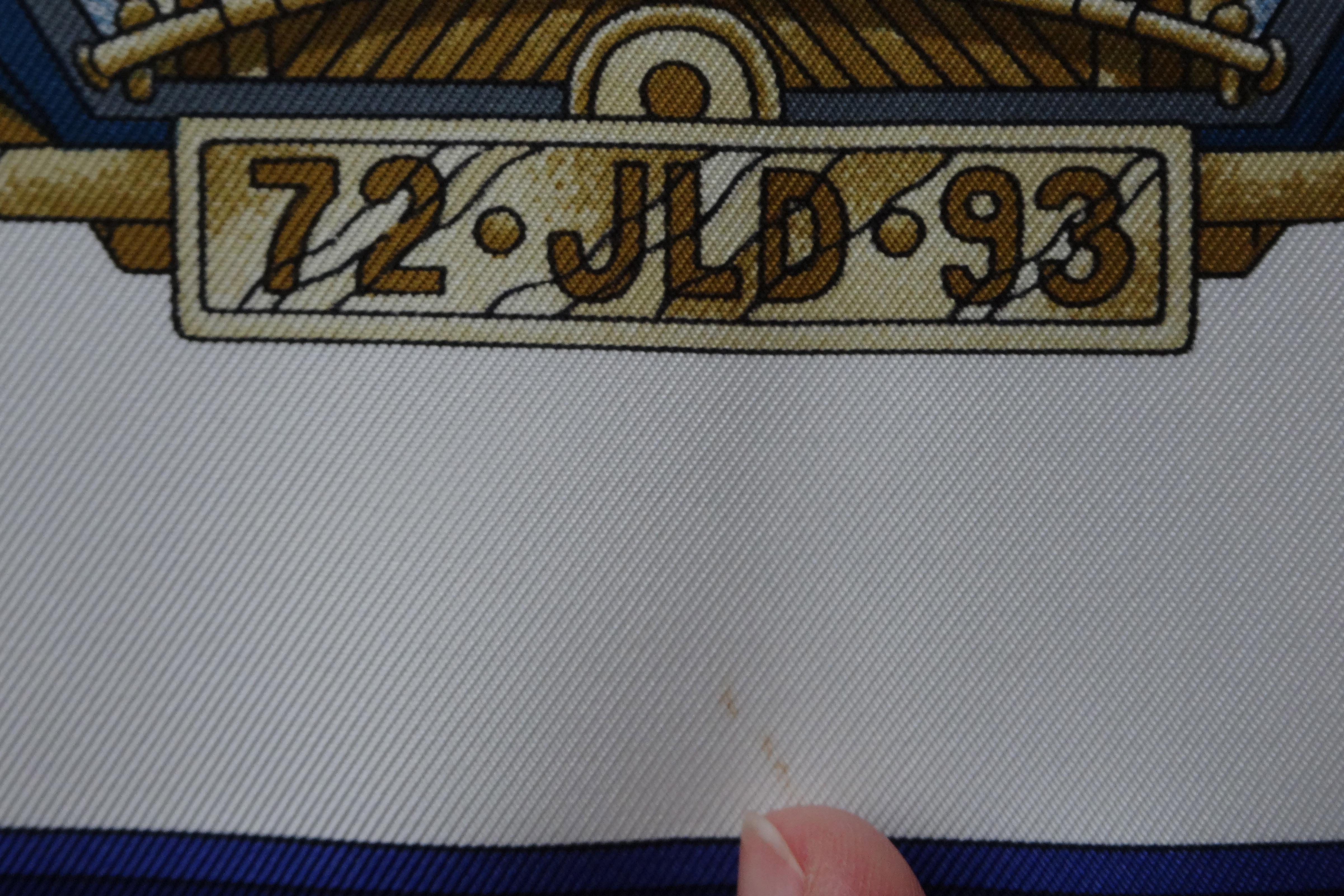 Freol spot under license plate / kleiner Fleck unter dem Nummernschild