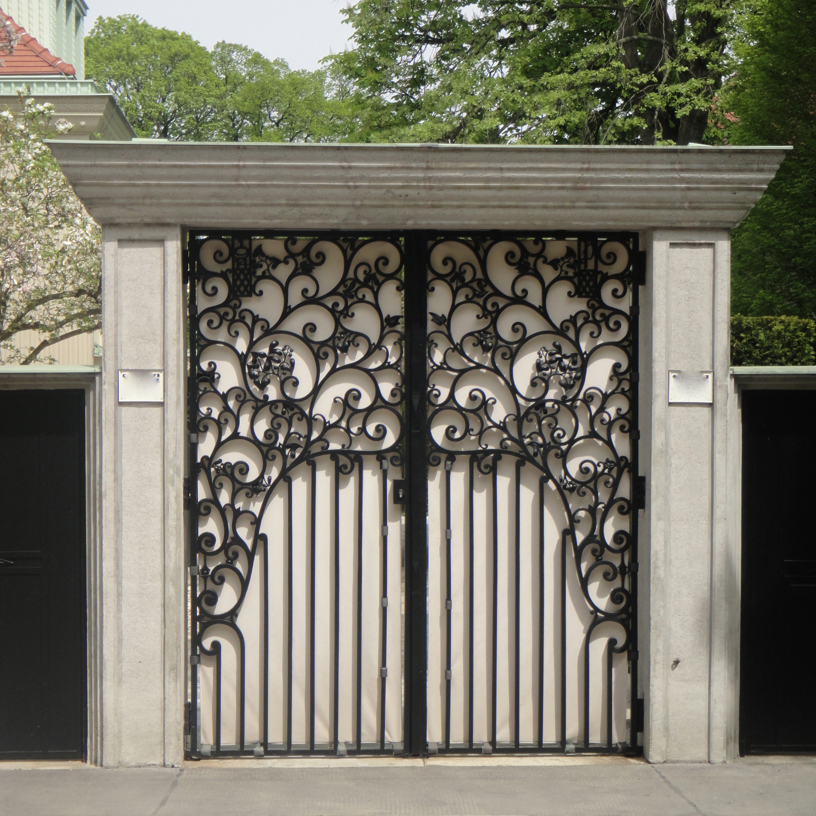 a beautiful gate / ein wunderschönes Tor