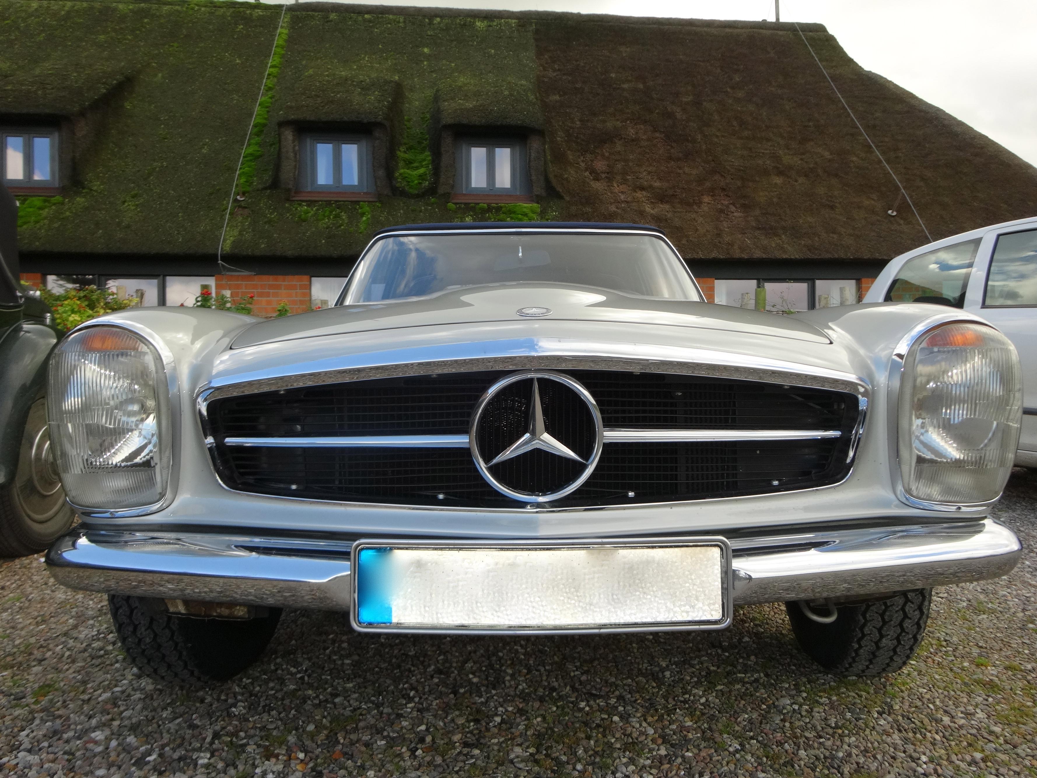 """Mercedes 280 SL """"Pagode"""" - driven by me / von mir gefahren"""
