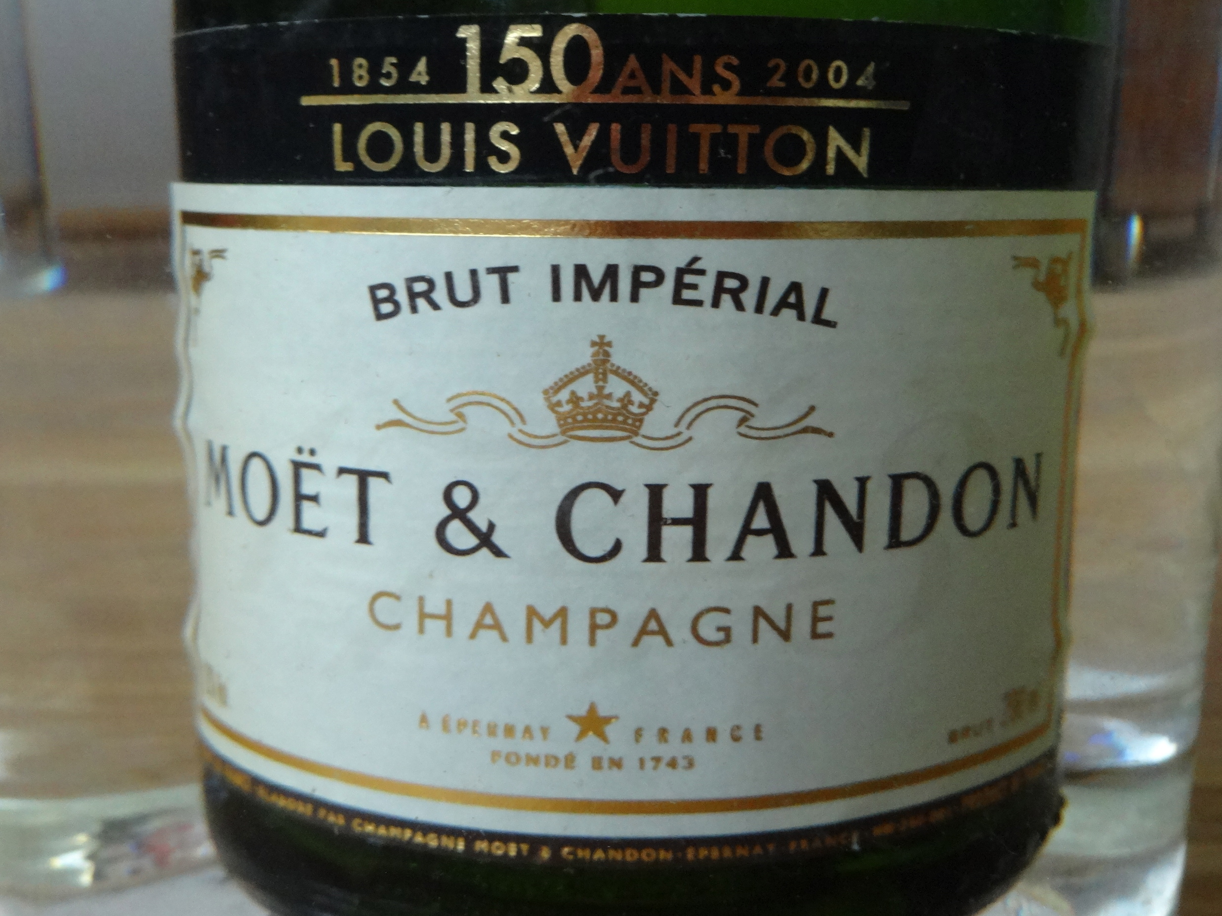 DSC01384 Moet Chandon HappyFace313