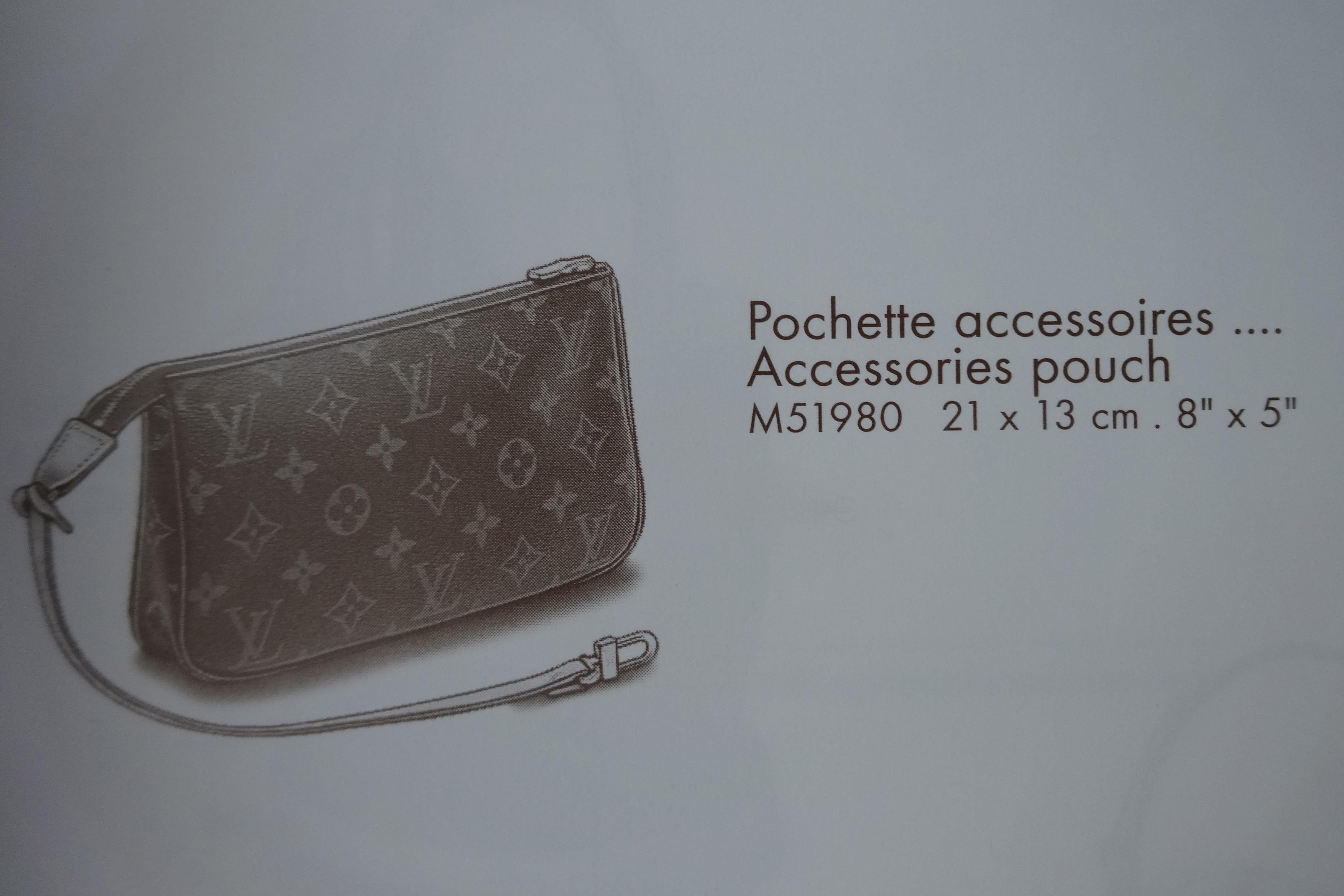 LV Pochette Accessoires, (c)  Le Catalogue, Louis Vuitton