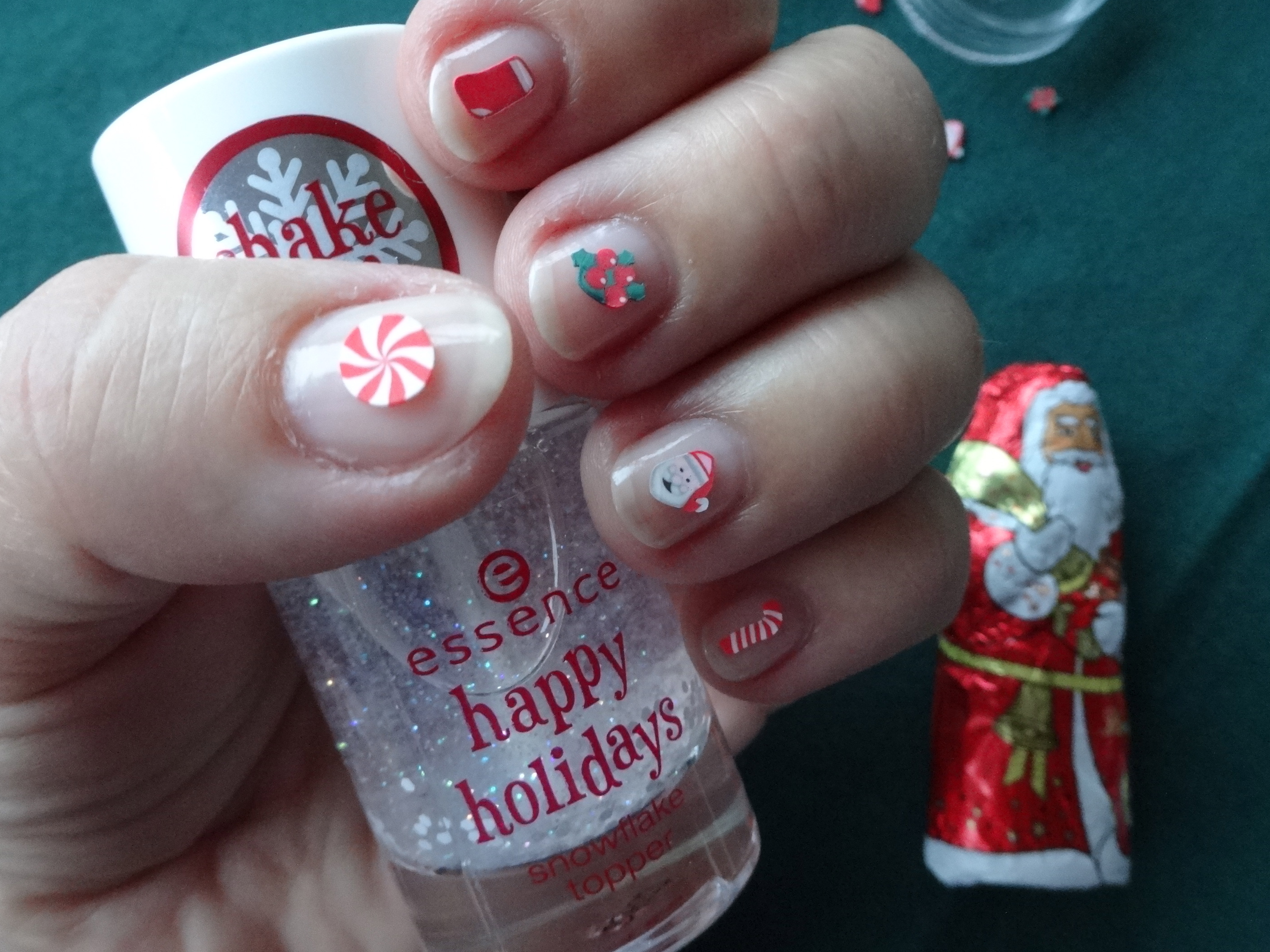5 essens happy holidays nail sweets
