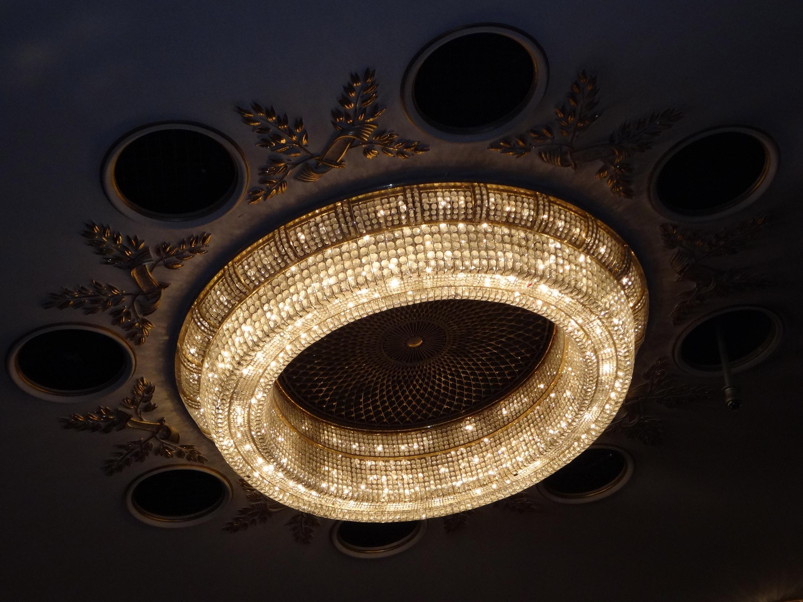 DSC02693 Burgtheater 10 HappyFace313