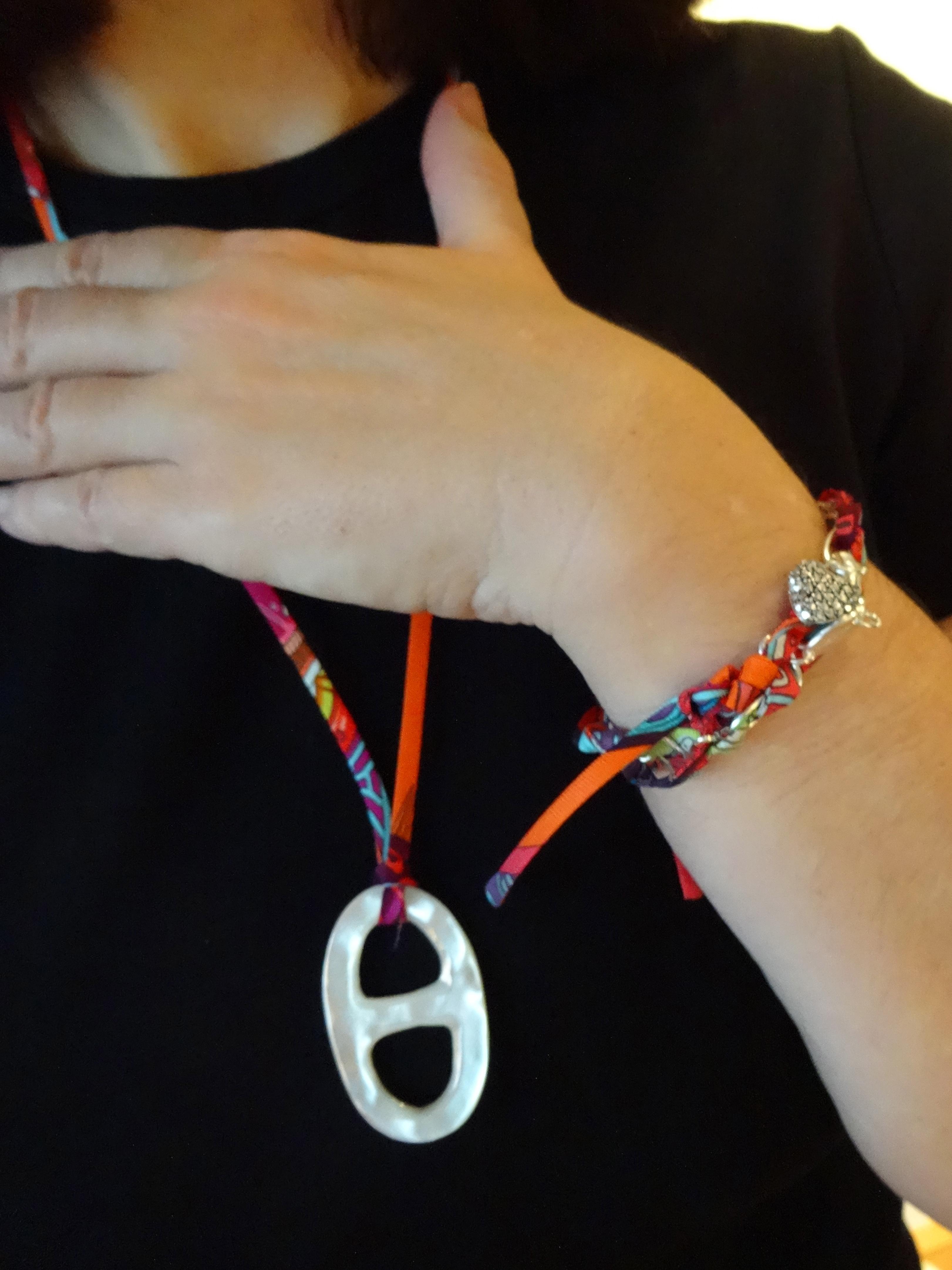 Hermès silk ribbons & scarf ring