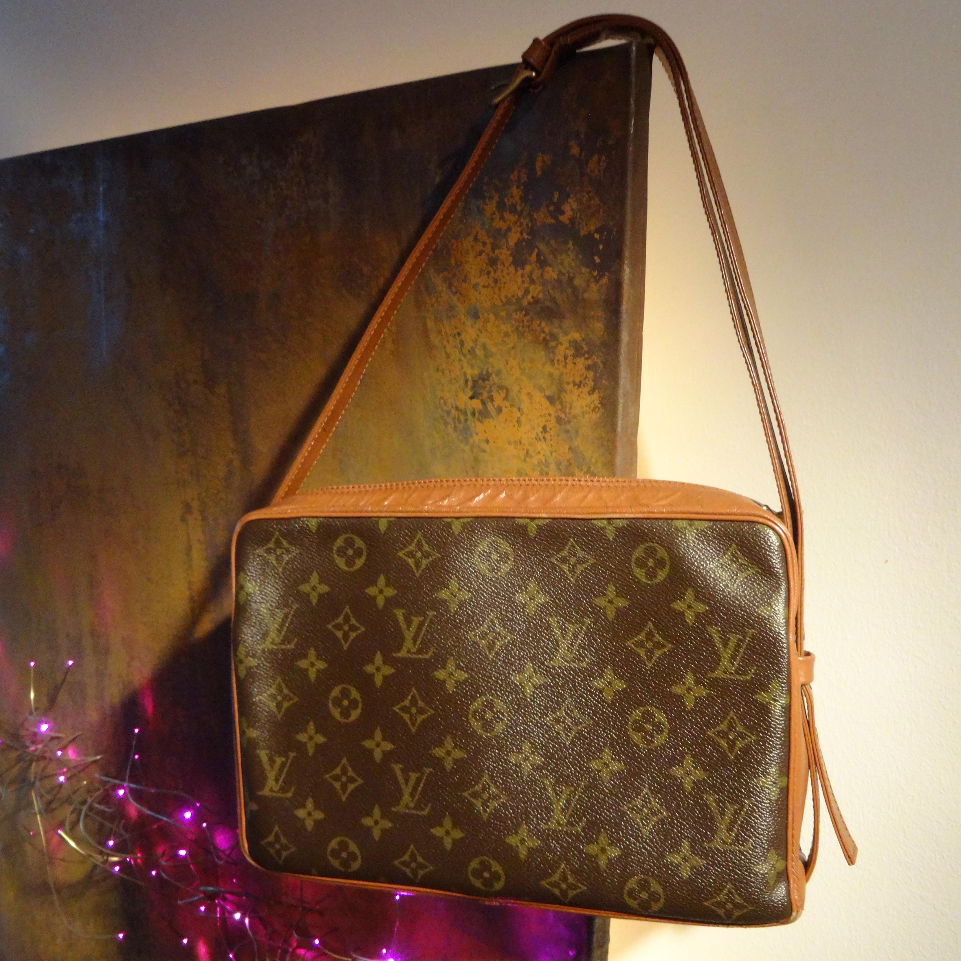 Louis Vuitton Bandouliere - Rostbild REKLA
