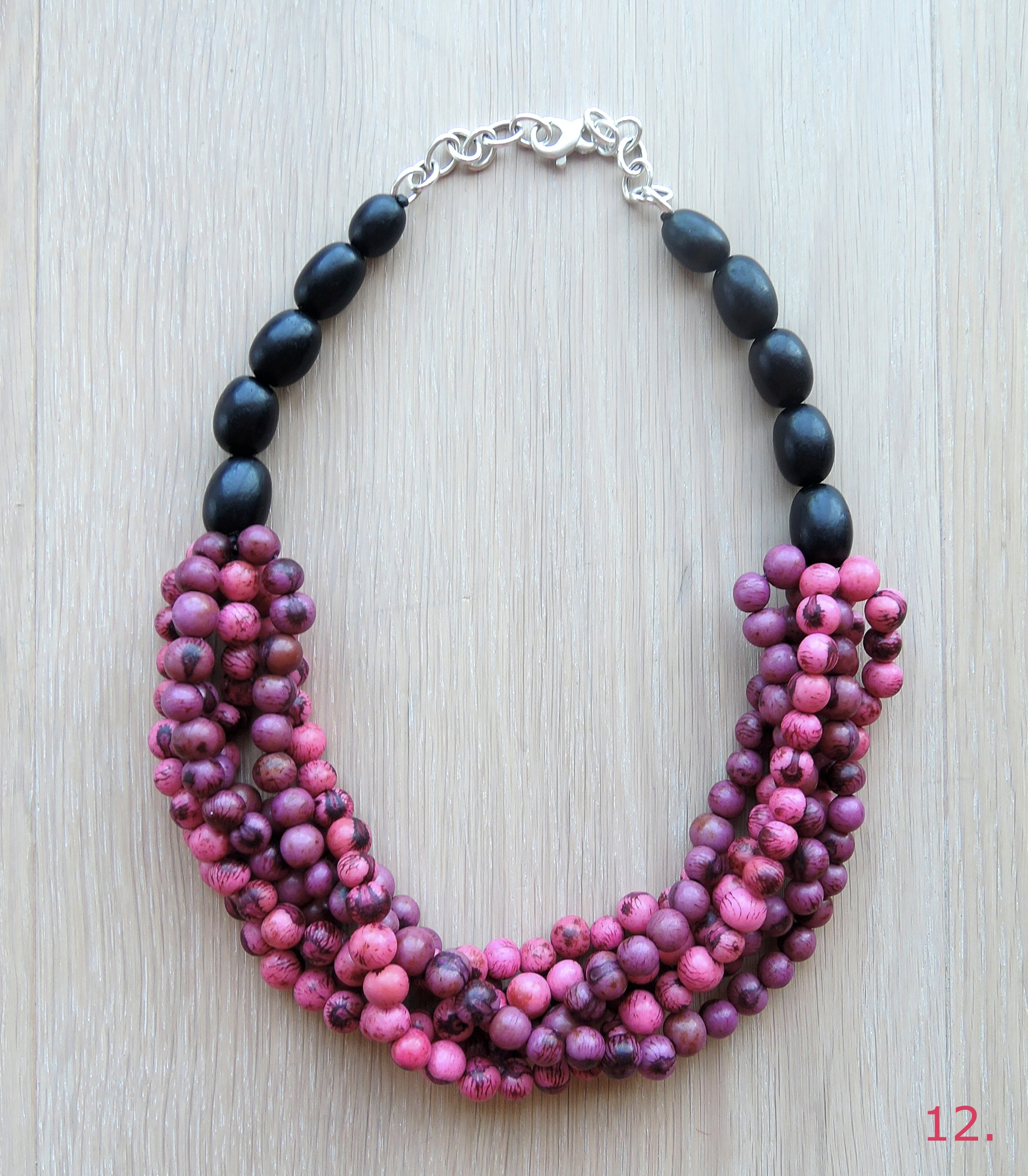 Mai Tai's Picturebook Waterfall Necklace in Hot Pink/Raisin EUR 89