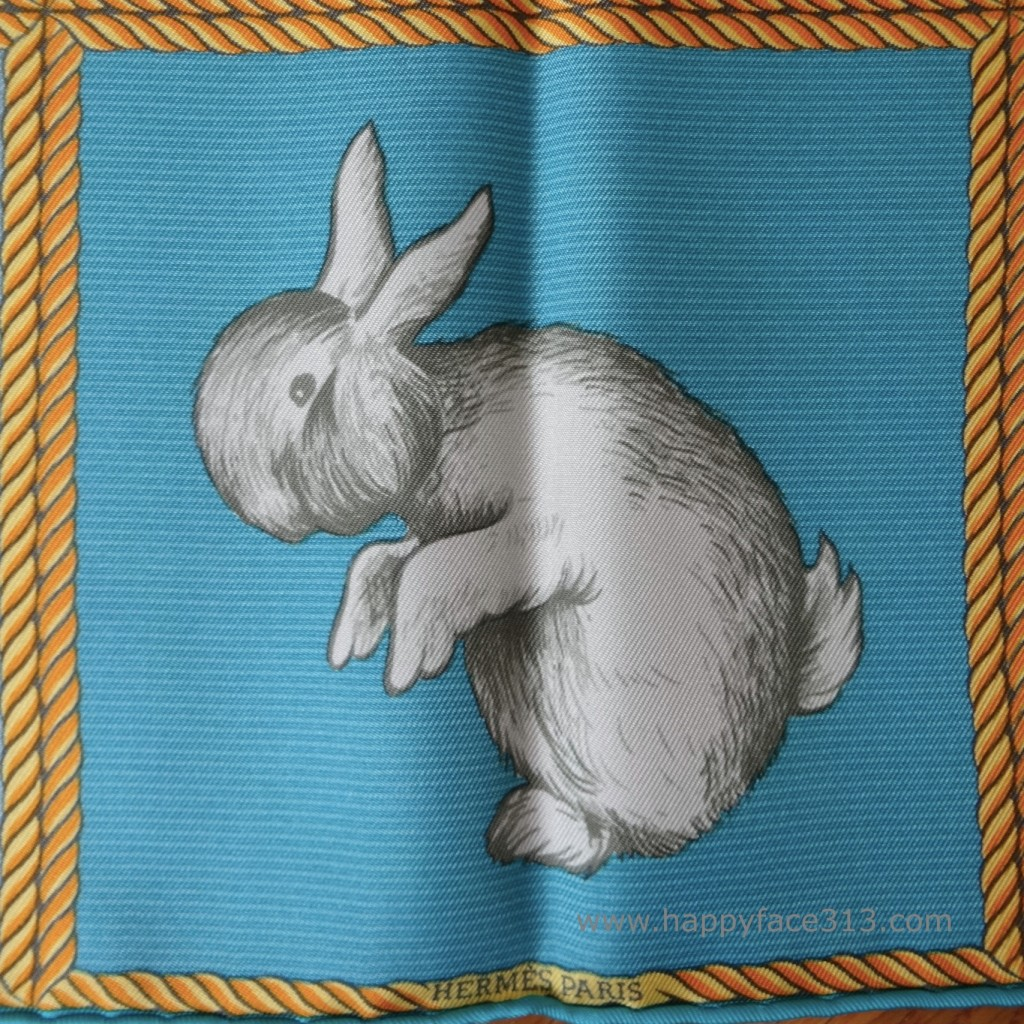 Hermès Tuch: Ist es ein Hase? / Is it a rabbit?