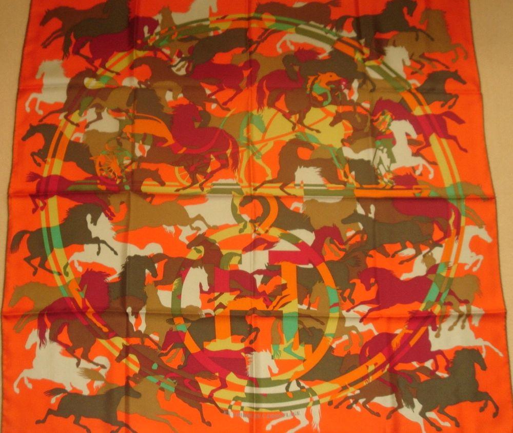 Hermès Ex Libris en Camouflage silk scarf / Seidentuch