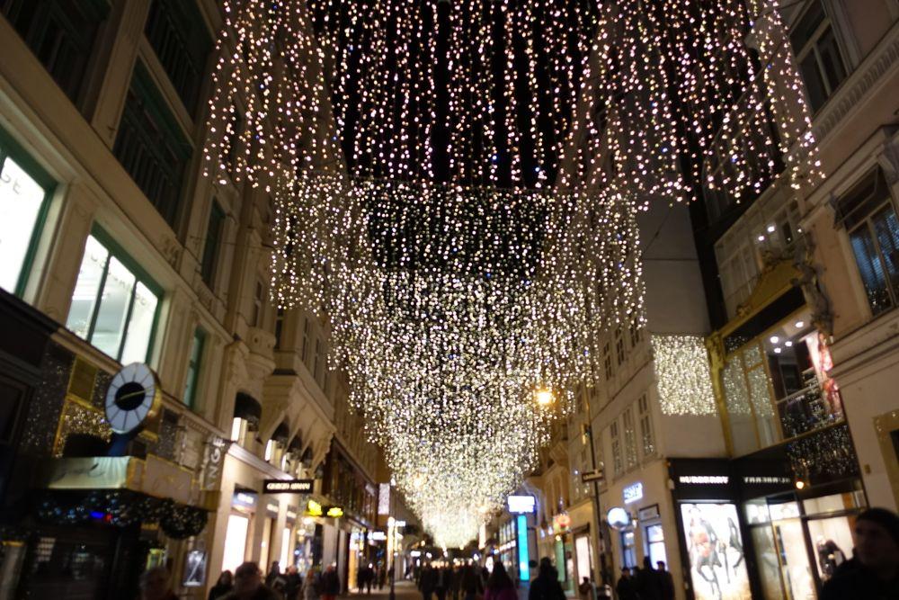 Fairy lights on Kohlmarkt