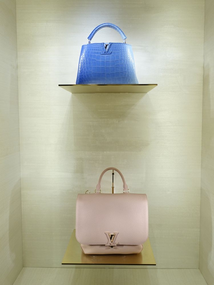 Louis Vuitton Capucines BB (oben), Volta (unten)