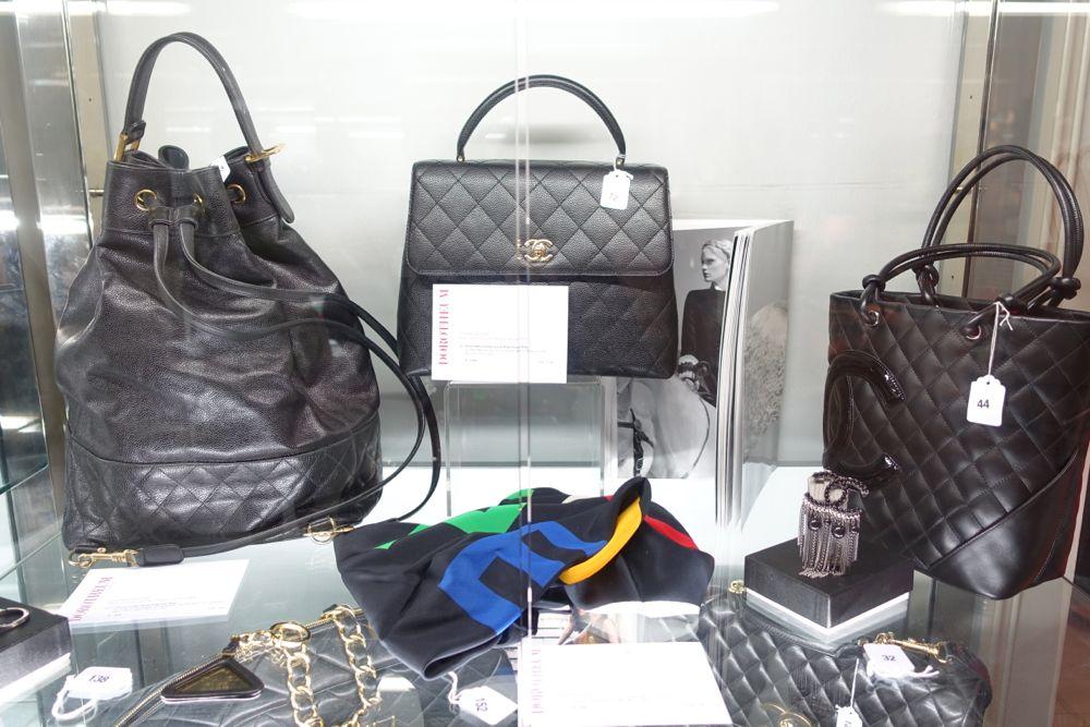 CHANEL - Vintage Auktion Dorotheum - Black Jumbo Caviar Kelly Classic Bag