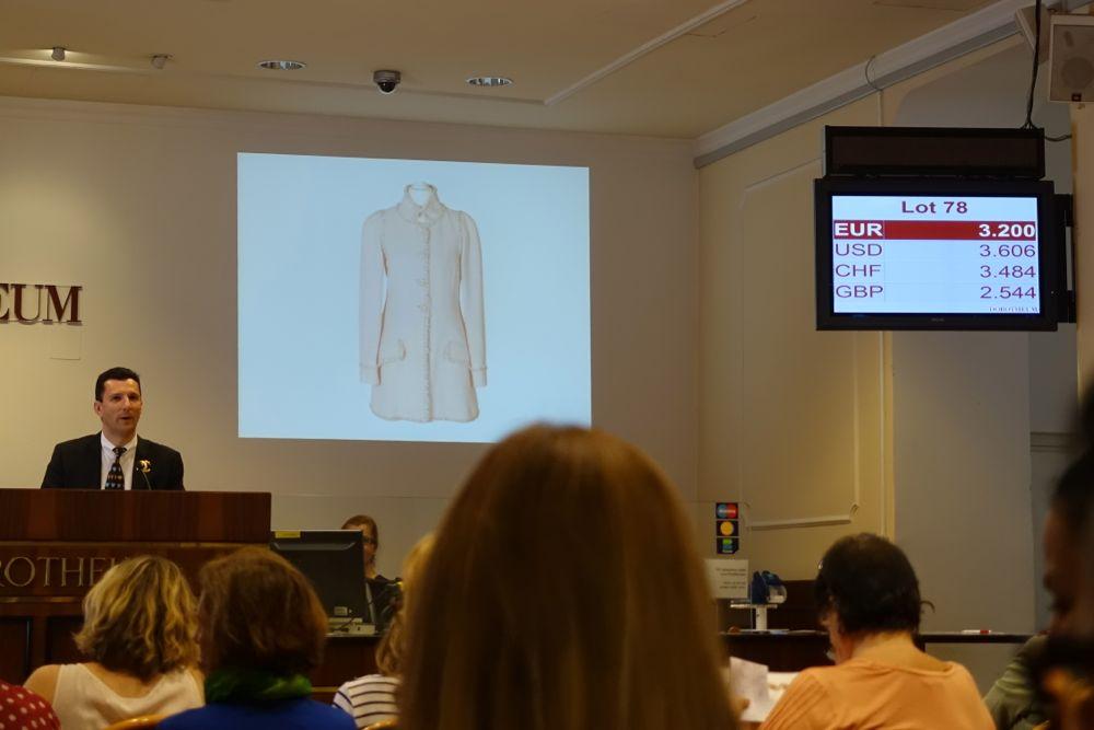 CHANEL Vintage Auktion Dorotheum - Lot nr. 78 Kurzmantel / short coat