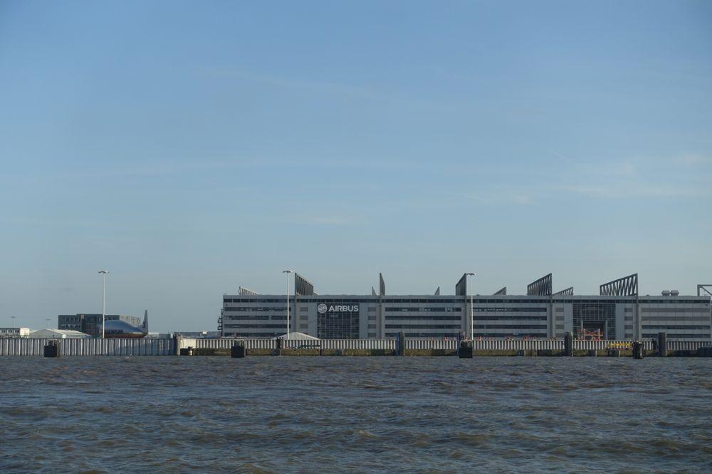 AIRBUS Werft an der Elbe