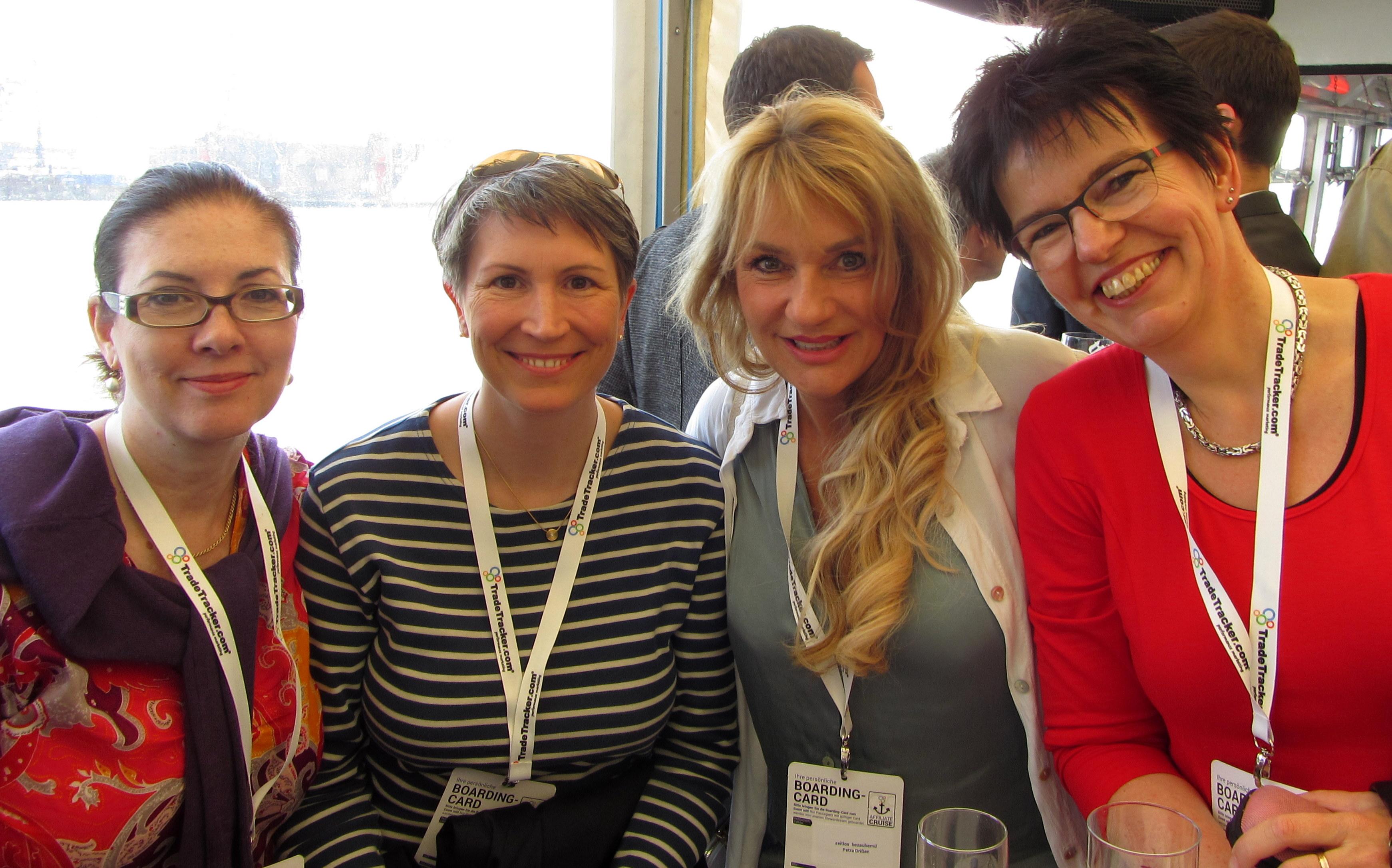 meine Wenigkeit, Ines, Petra und Gunda, Foto © Miriam Karakus