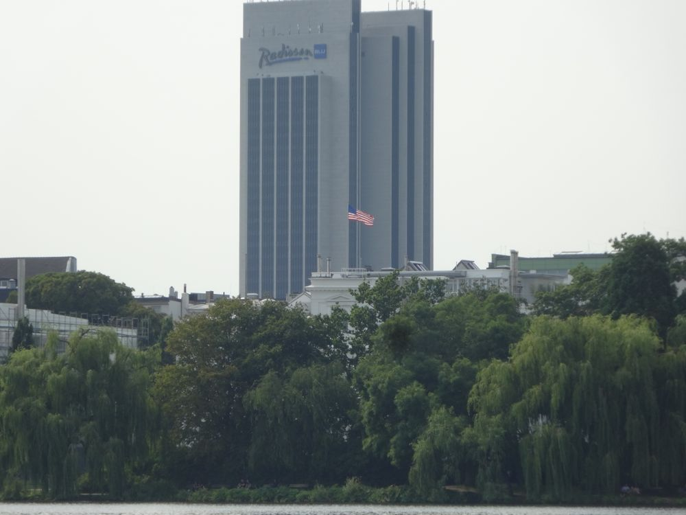 Star Spangled-Banner auf dem US Konsulat