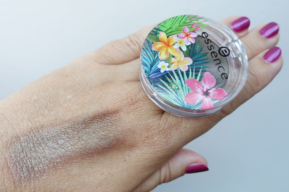 Swatch: essence 01 you can, toucan exit to explore lidschatten
