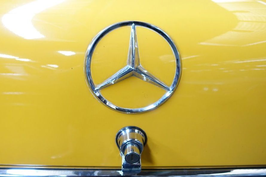 "yellow is an unusual color for a vintage ""Heckflosse"" Mercedes"