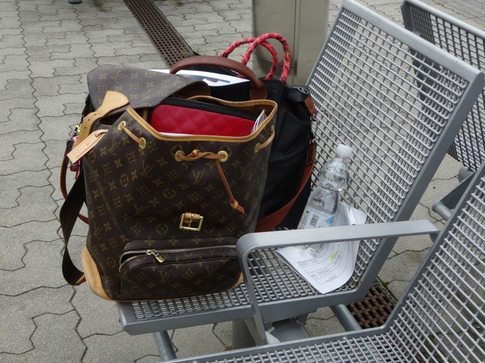 HappyFace313-Schokolade-zum-Anziehen-Montsouris-LV-Rucksack