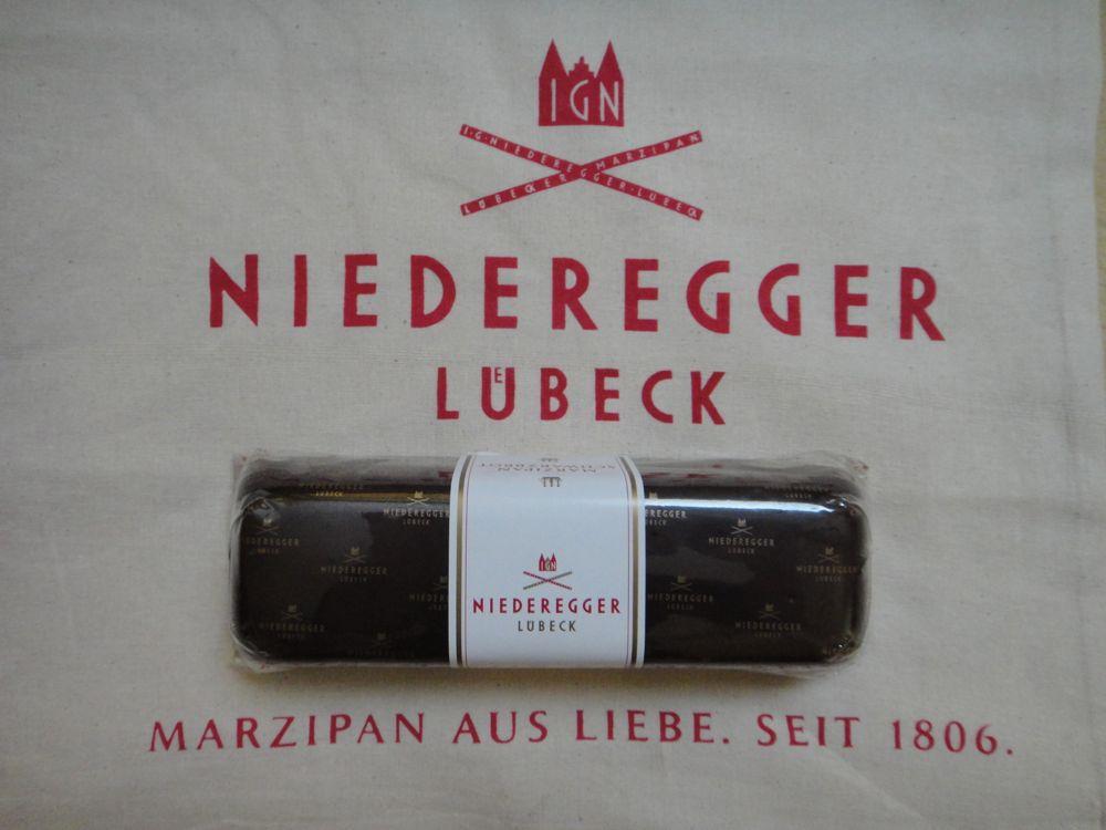 Marzipan mit dunkler Schokolade - mhm…