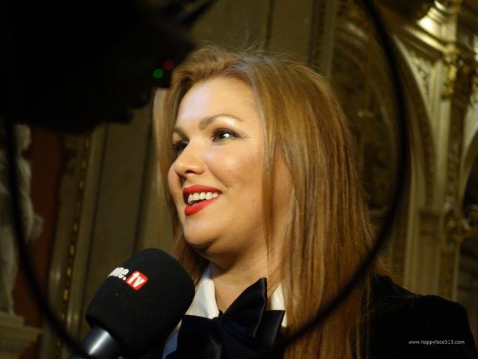 Anna-Netrebko-HappyFace313