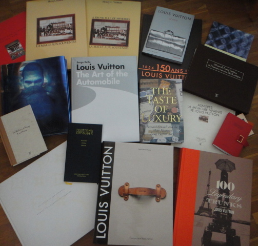 some of my Louis Vuitton books - einige meiner Louis Vuitton Bücher