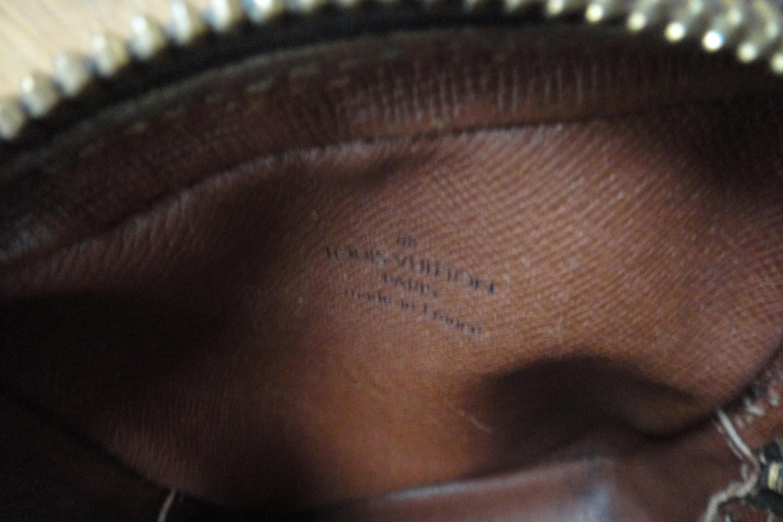 old Louis Vuitton stamp - alter Louis Vuitton Stempel