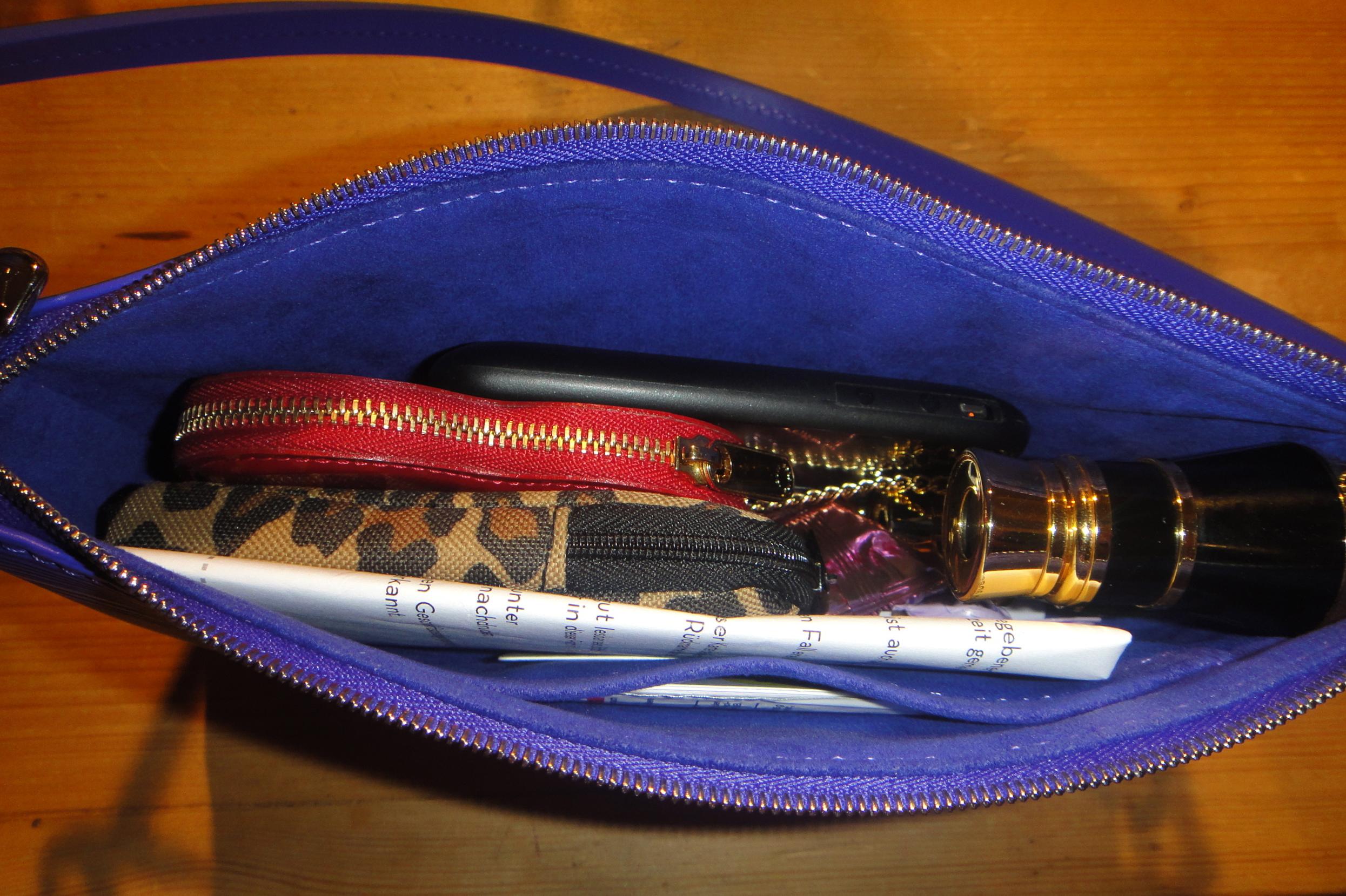inside my - Epi LV P.A. NM - das Innere meiner Tasche