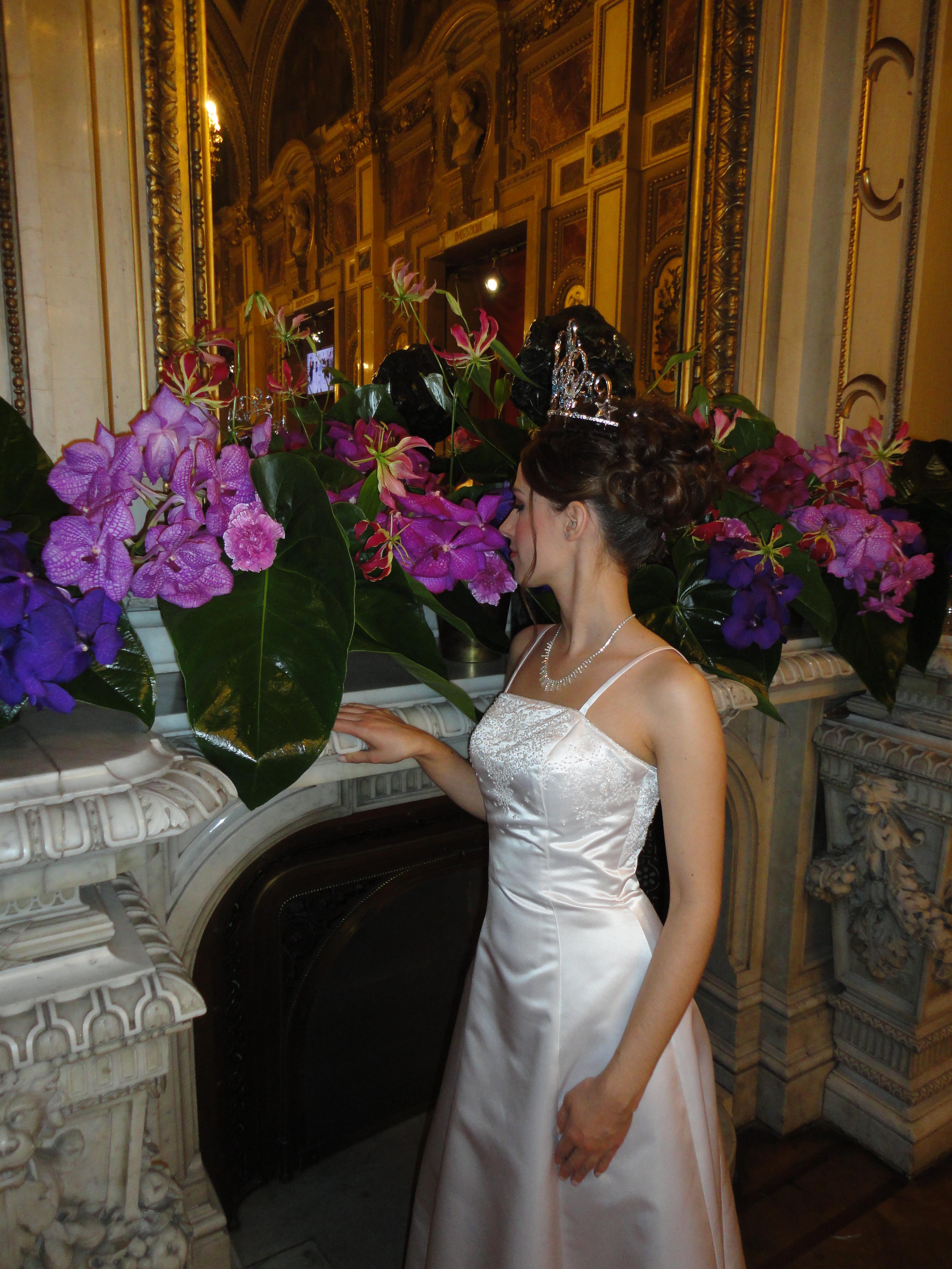 Vienna Opera Ball 2013 debutante Cornelia Pech