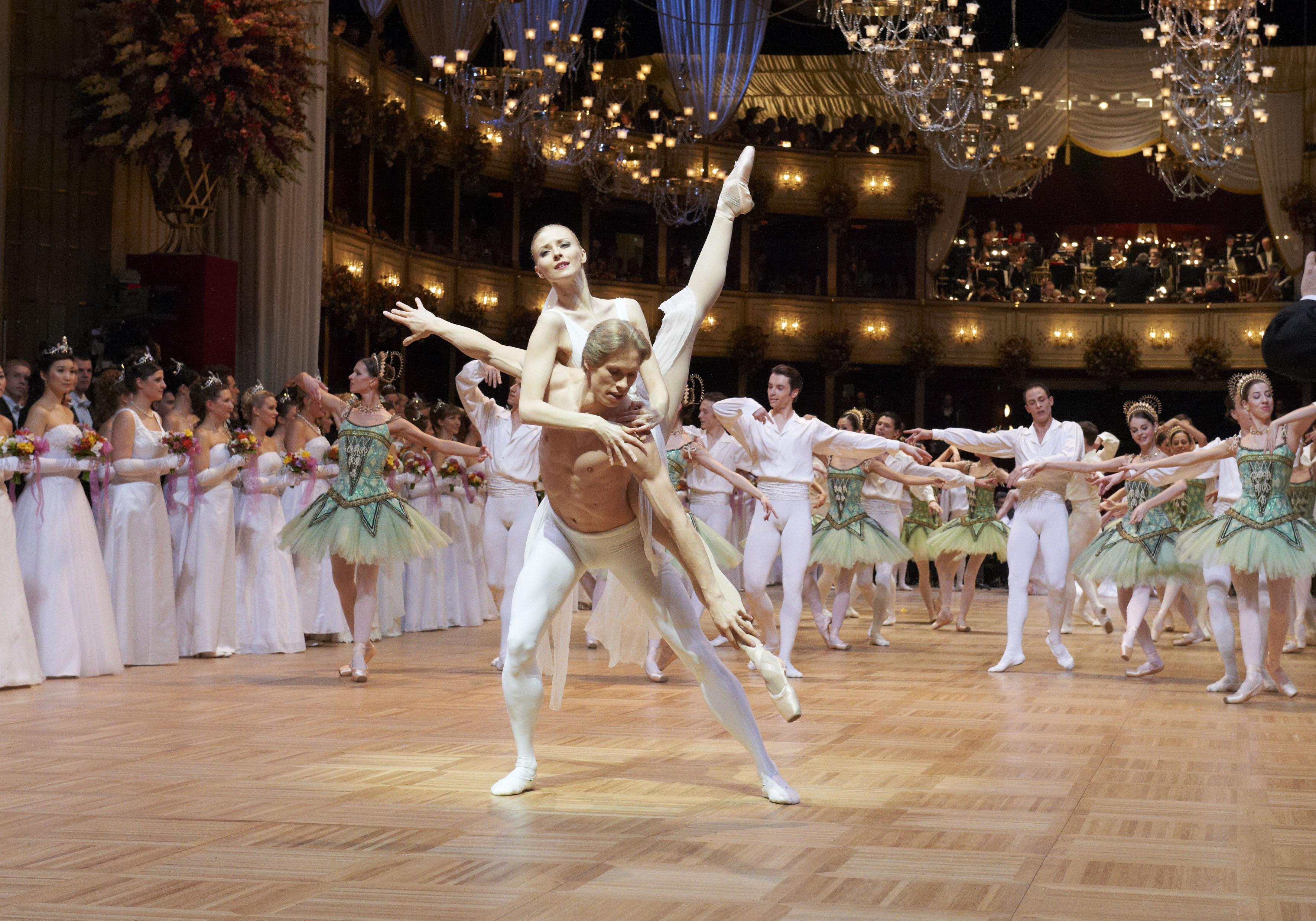 (c) Wiener Staatsoper, Michael Pöhn, Opernball 2012