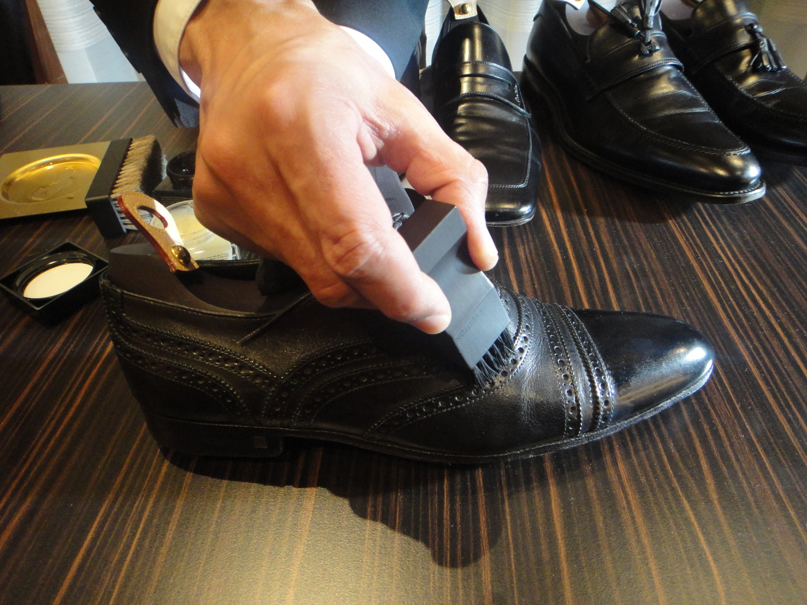 Shoe shine specialista - Schuhputz Spezialisten