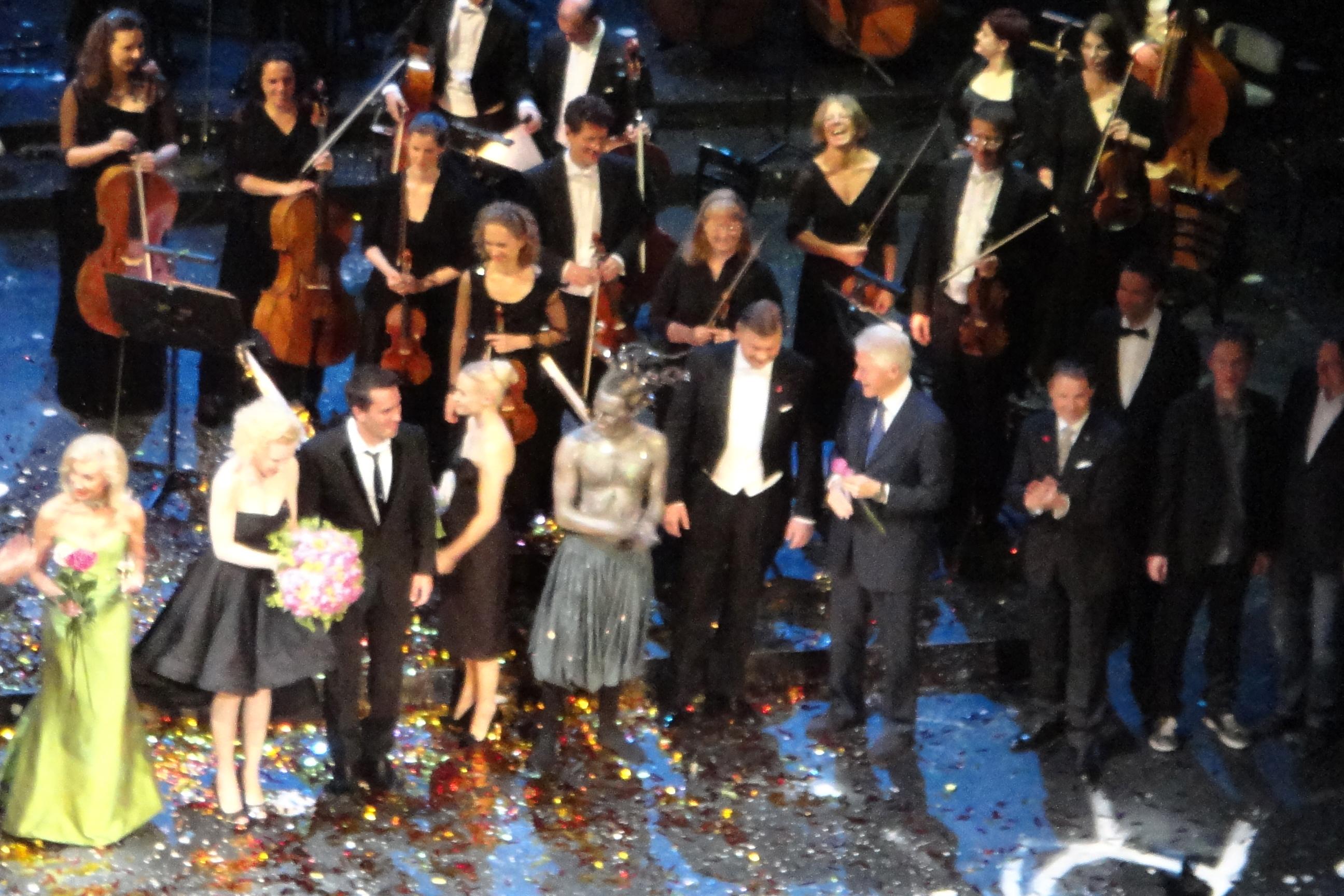 Burtheater - Red Ribbon Celebration Concert