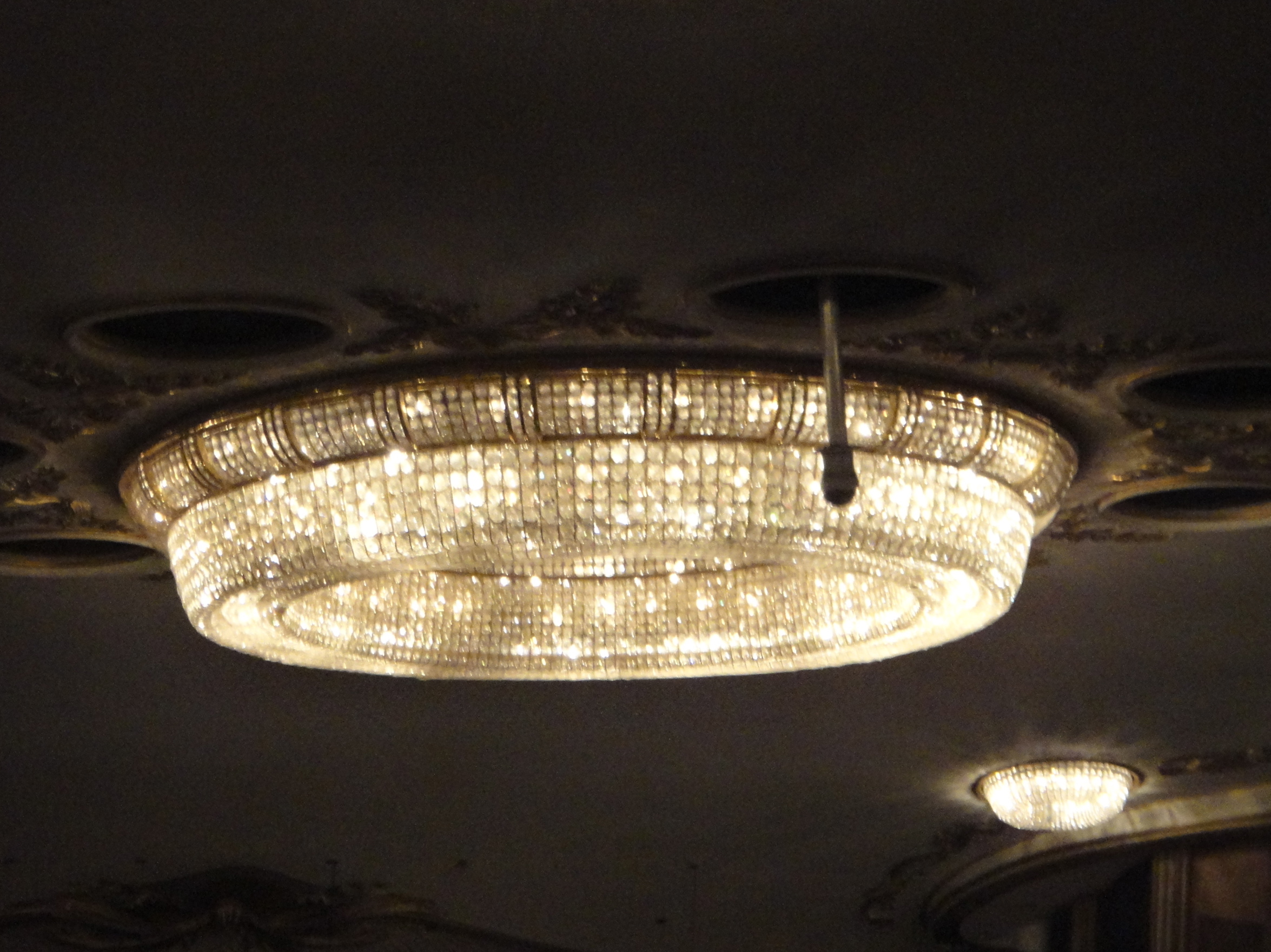chandelier - Burgtheater - Kronleuchter