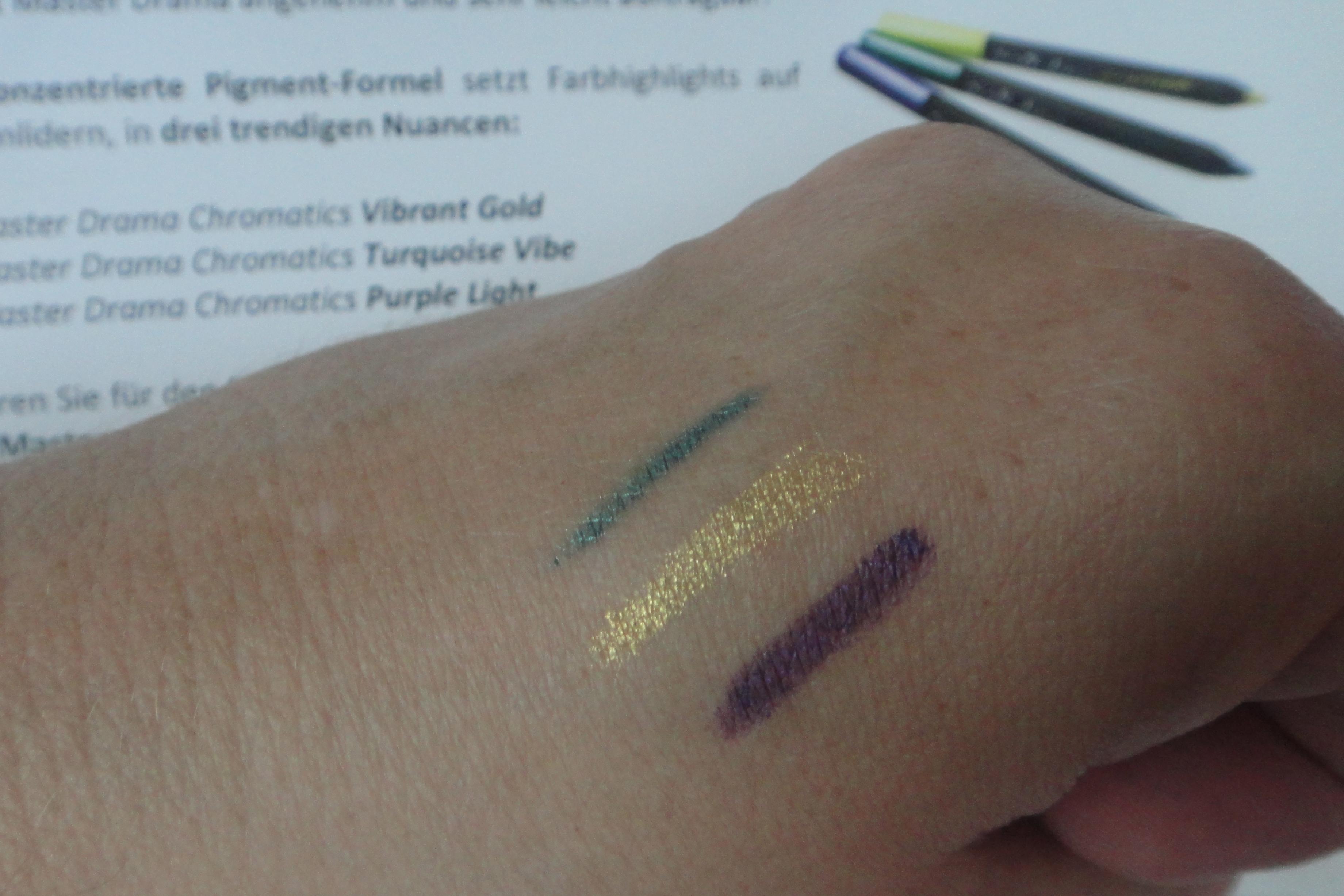 Master Drama Chromatics Eyeliner Turquoise Vibe, Vibrant Gold, Purple Light