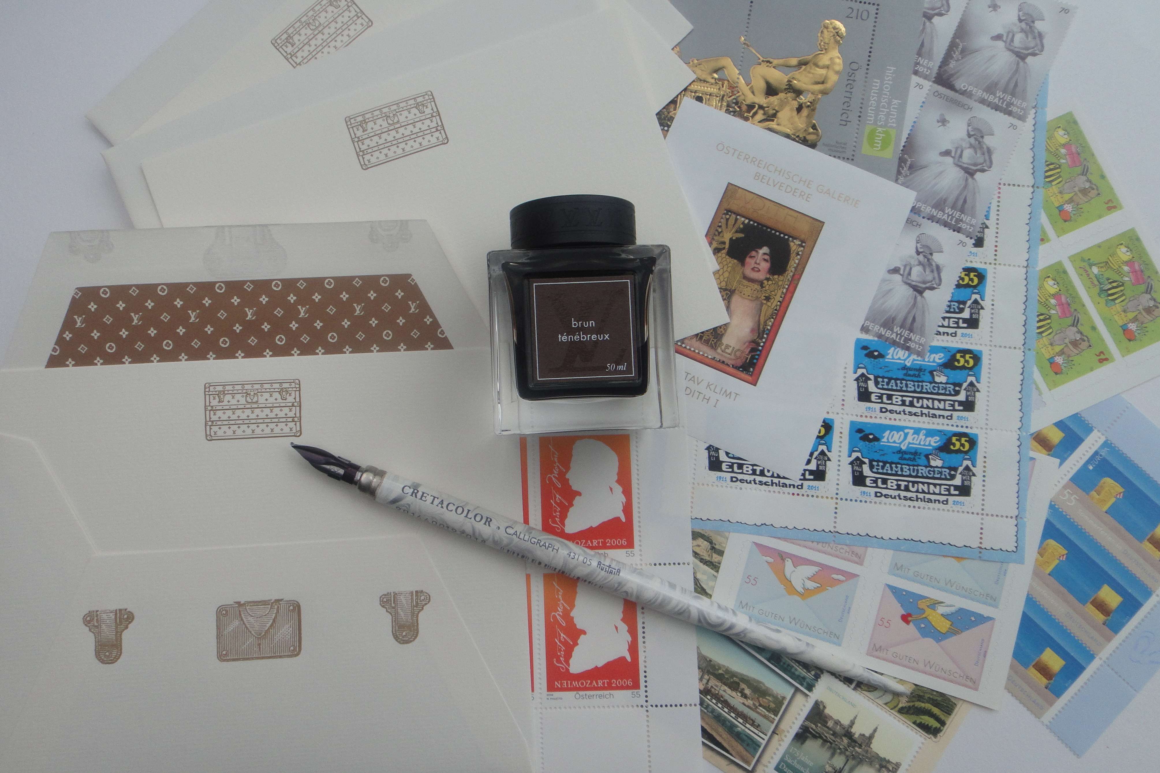 pretty stamps / schöne Briefmarken