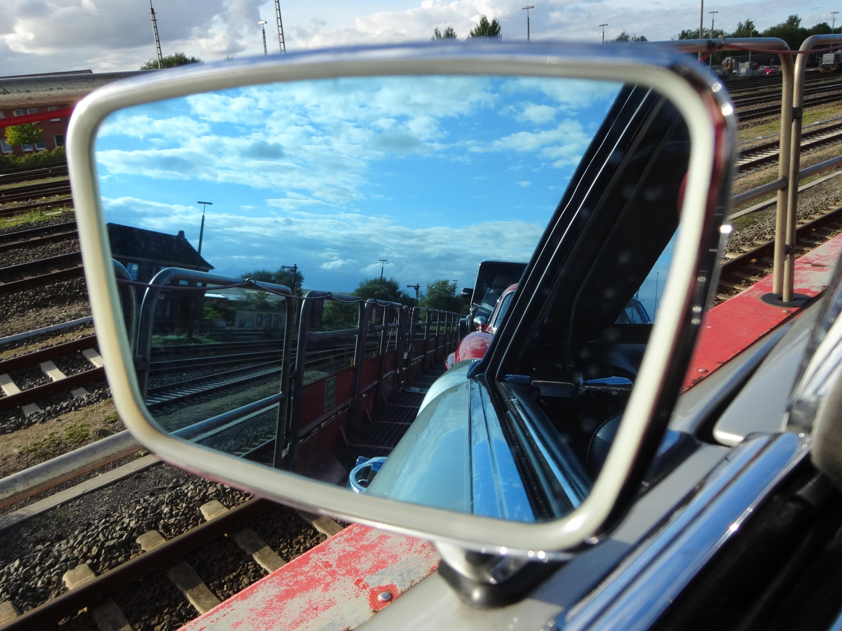 Rückspiegel / rear view mirror