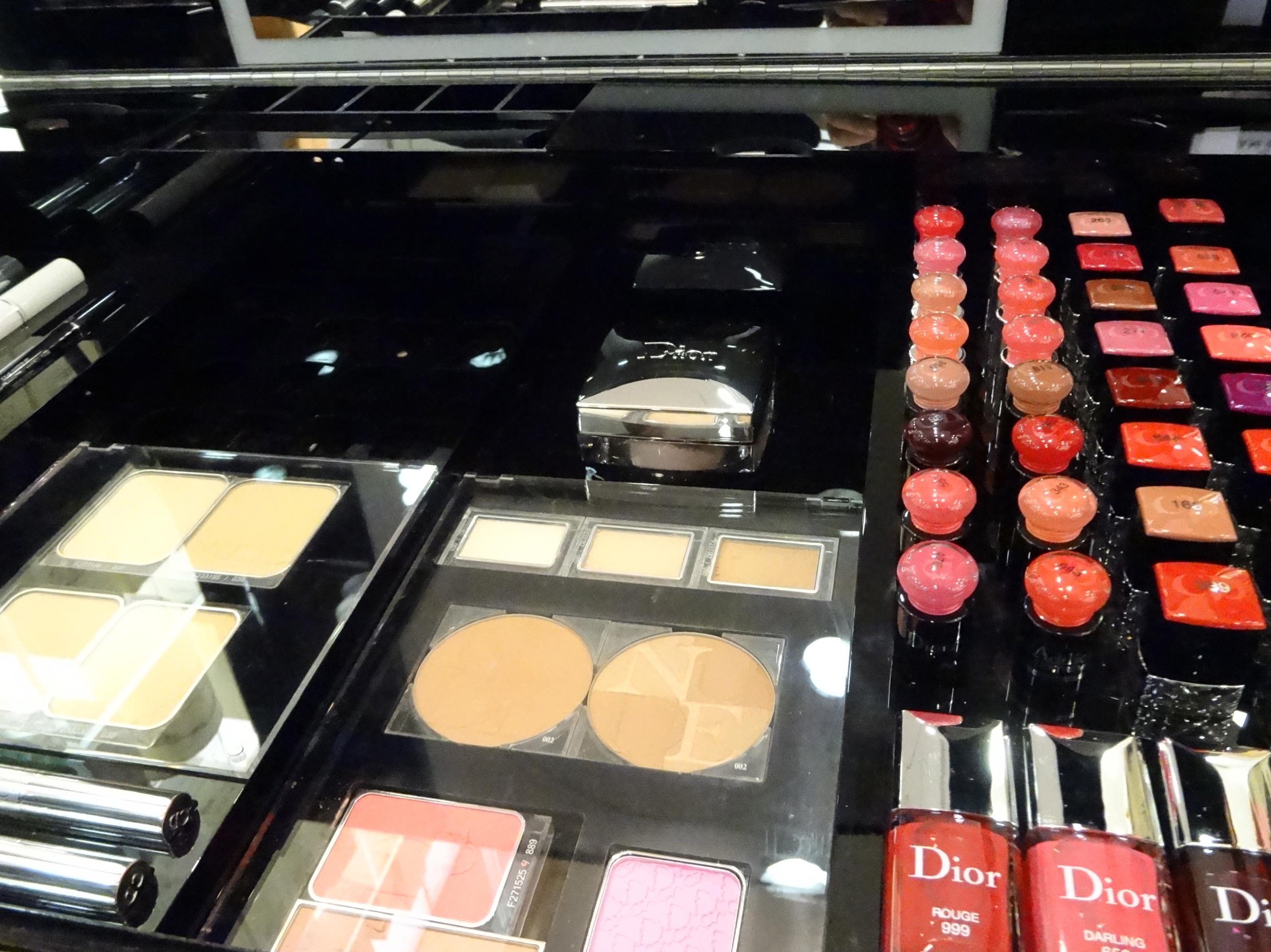 Christian Dior colors / Farben
