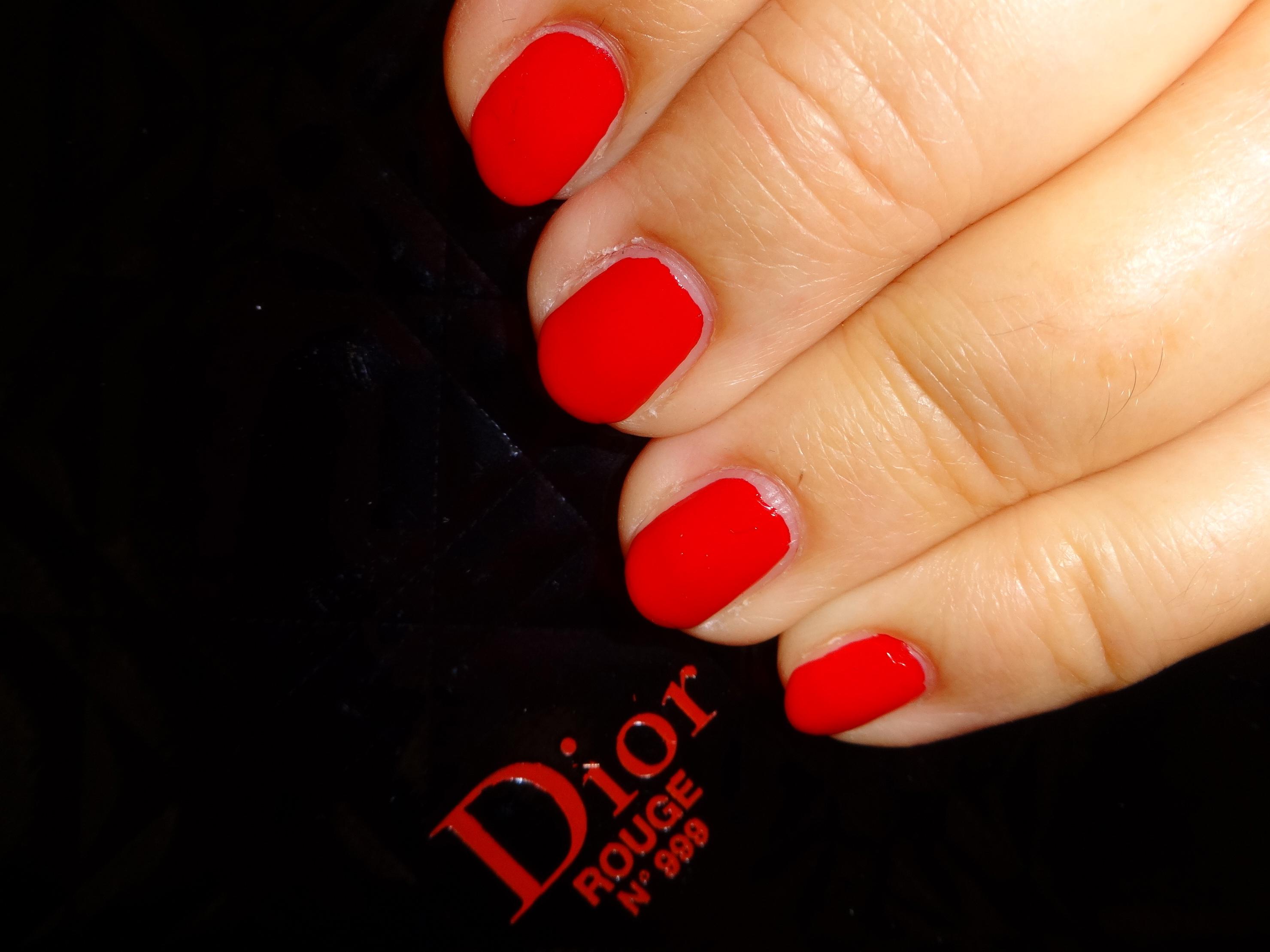 Christian Dior Rouge 999 Nagellack / nail polish