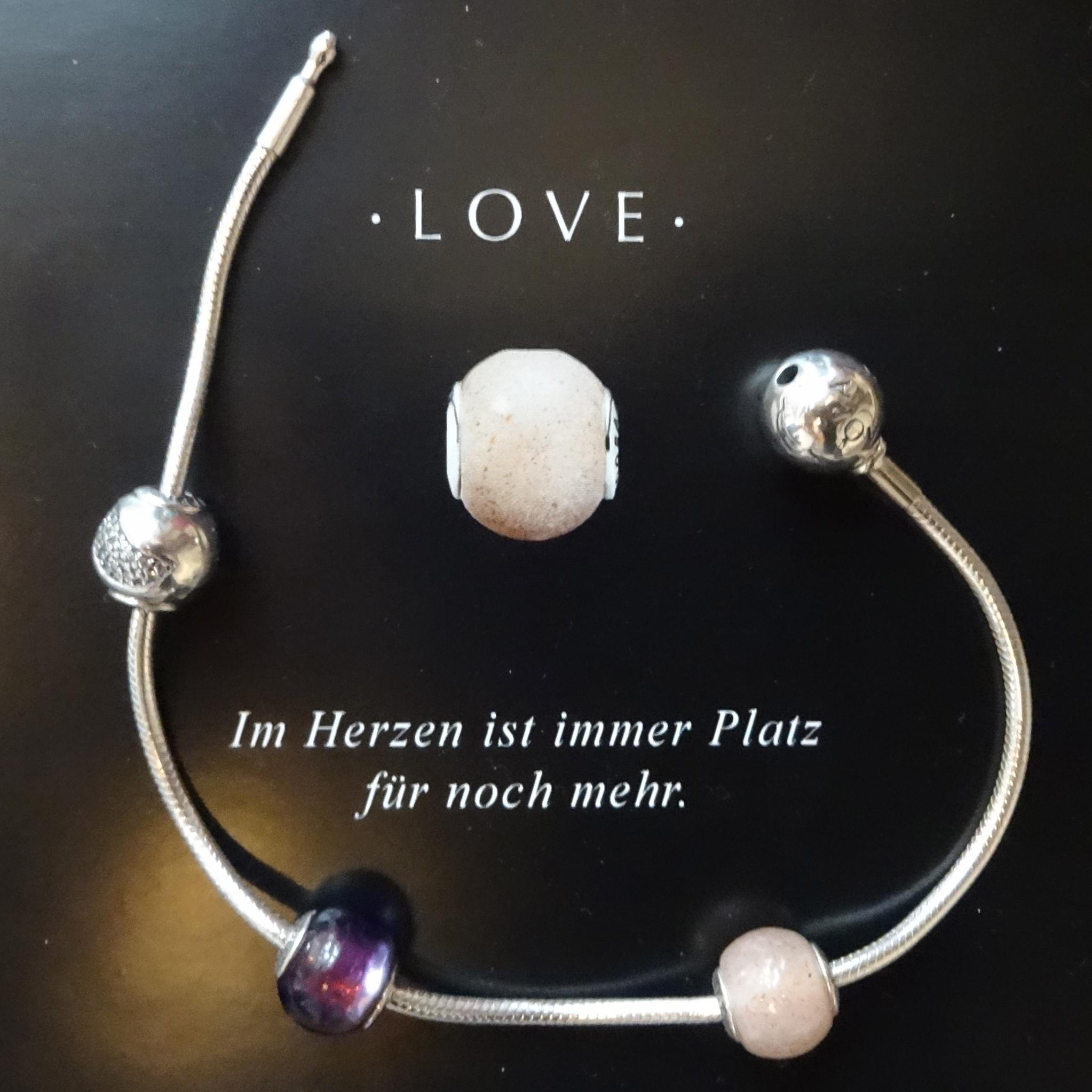 Happiness / Glück, Faith / Glaube, Love / Liebe