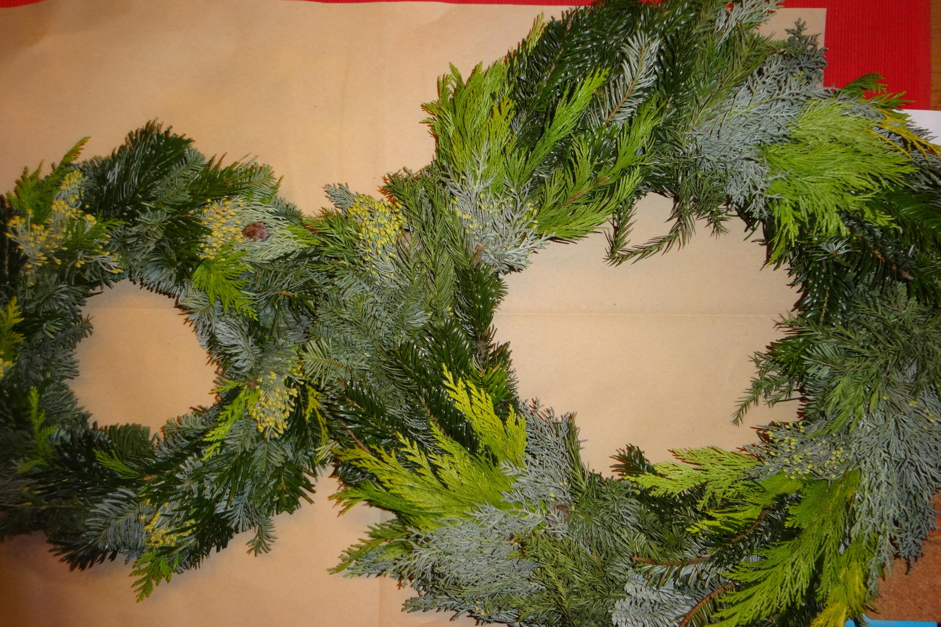 weihnachtliche Kränze / holiday wreaths