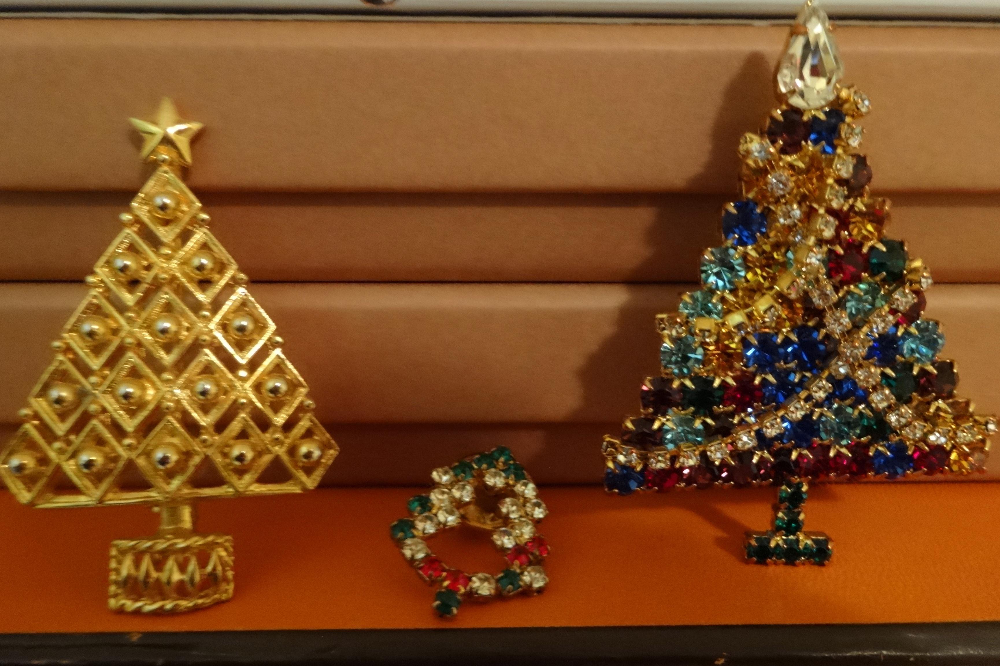 Christmas pins - Weihnachtsbroschen