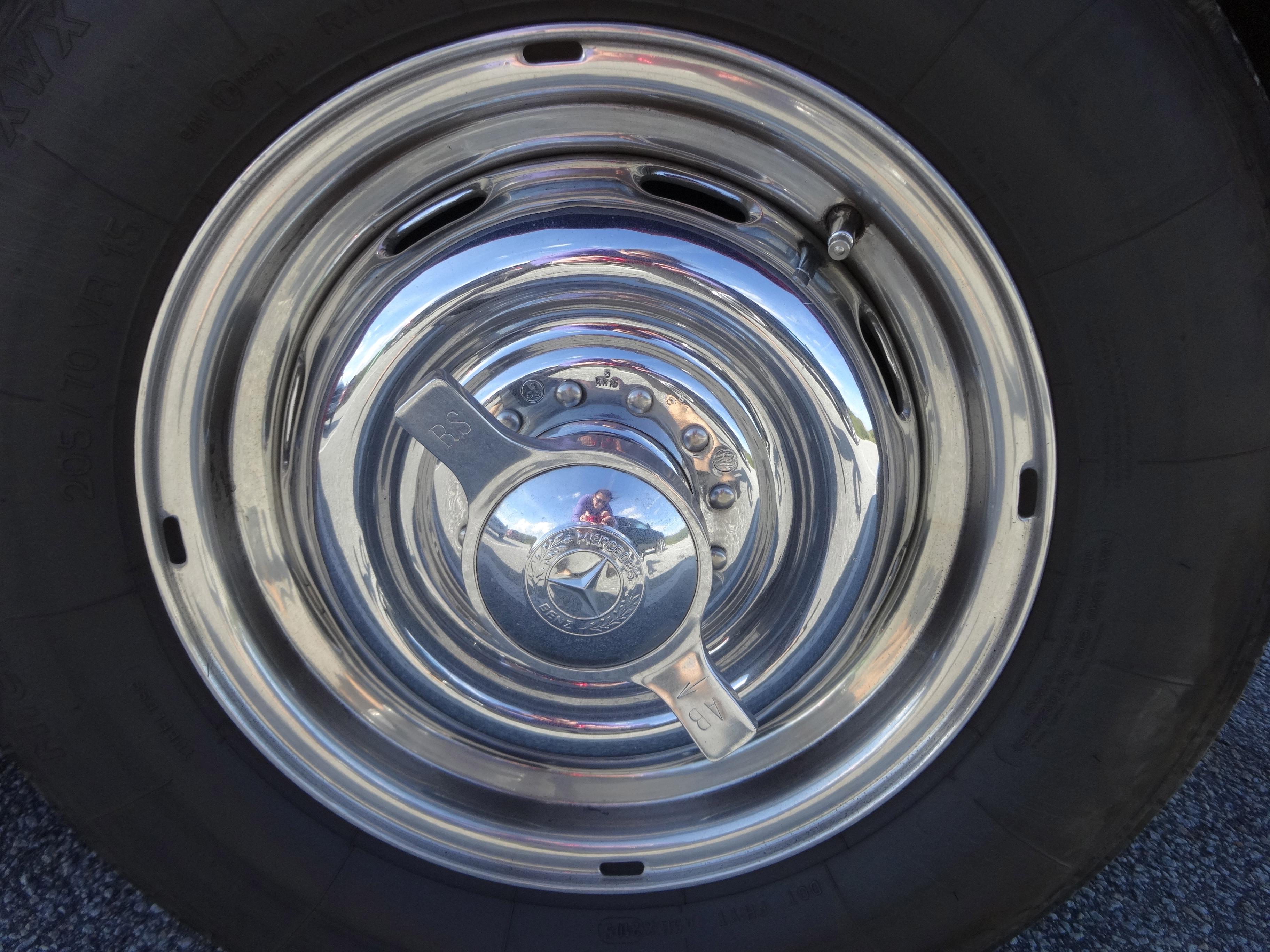 Rudge wheel Mercedes-Benz 300 SL - Flügelschraube