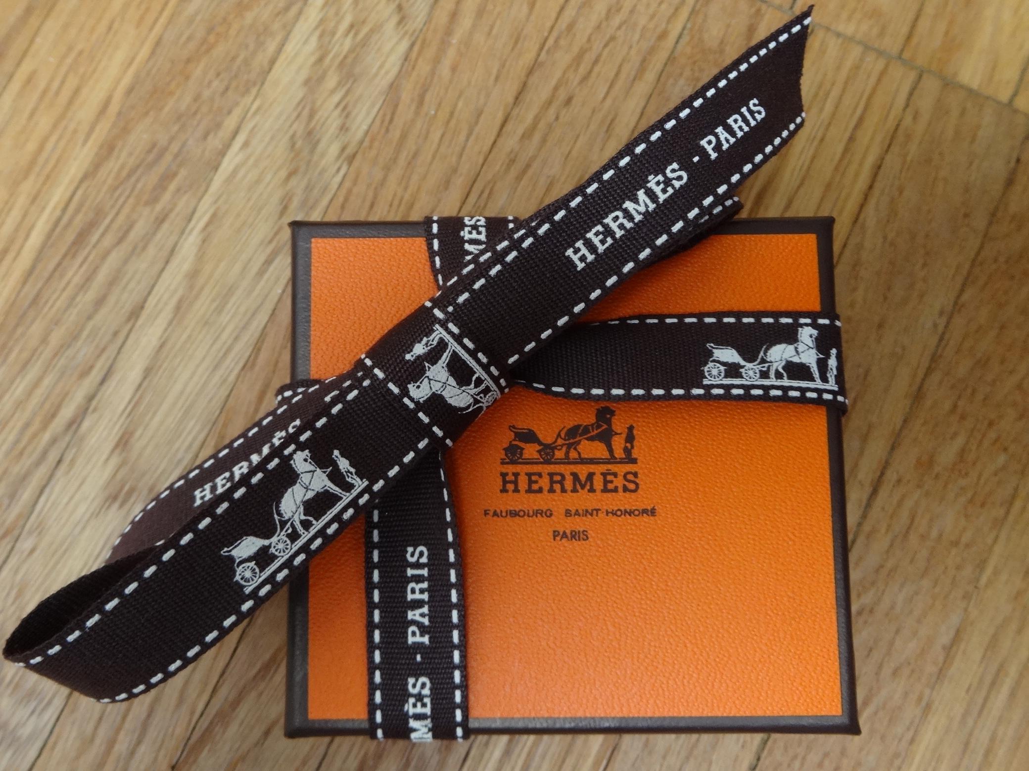 DSC02920 Hermes Giveaway HappyFace313