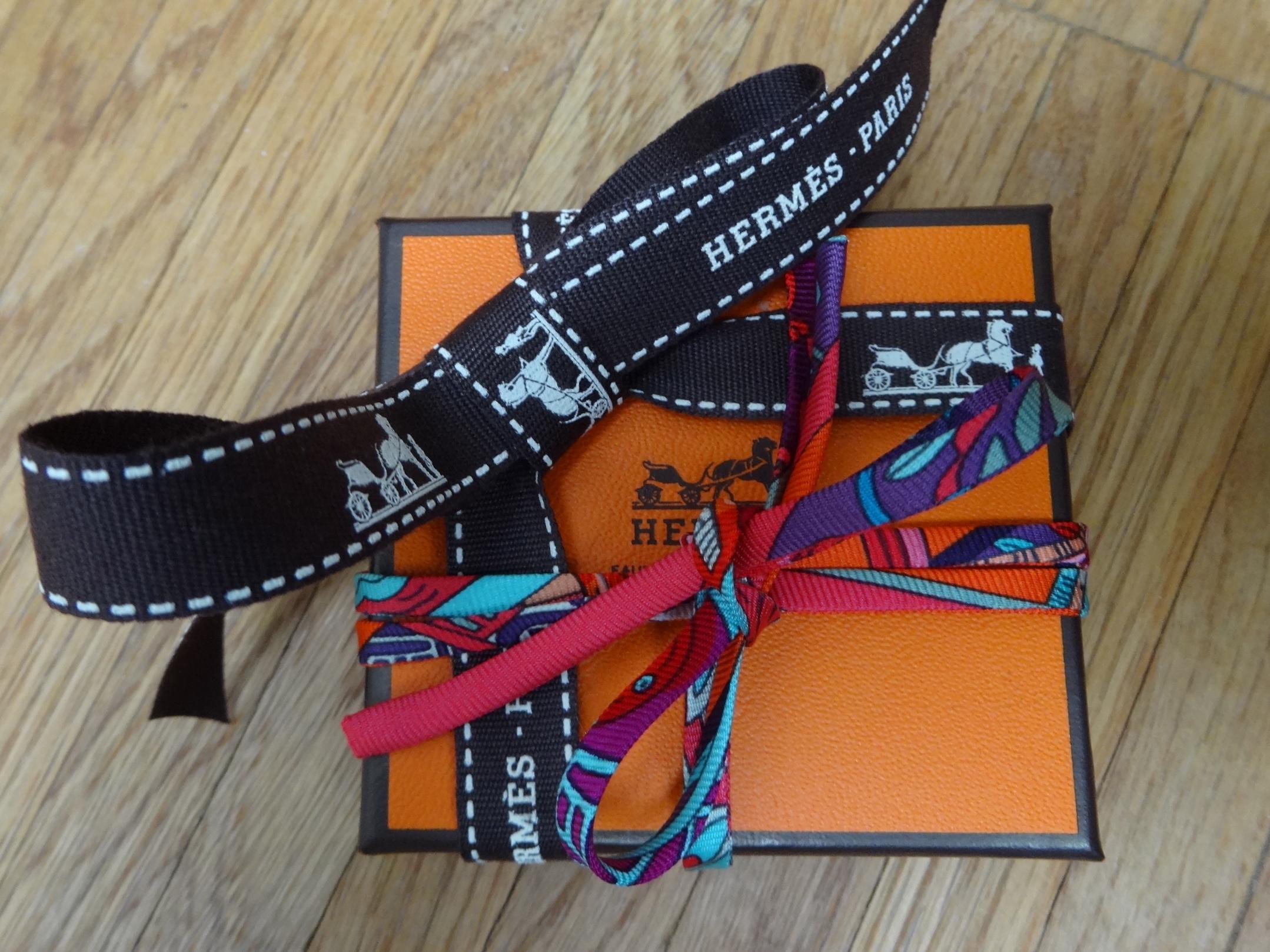 DSC02928 Hermes Giveaway HappyFace313