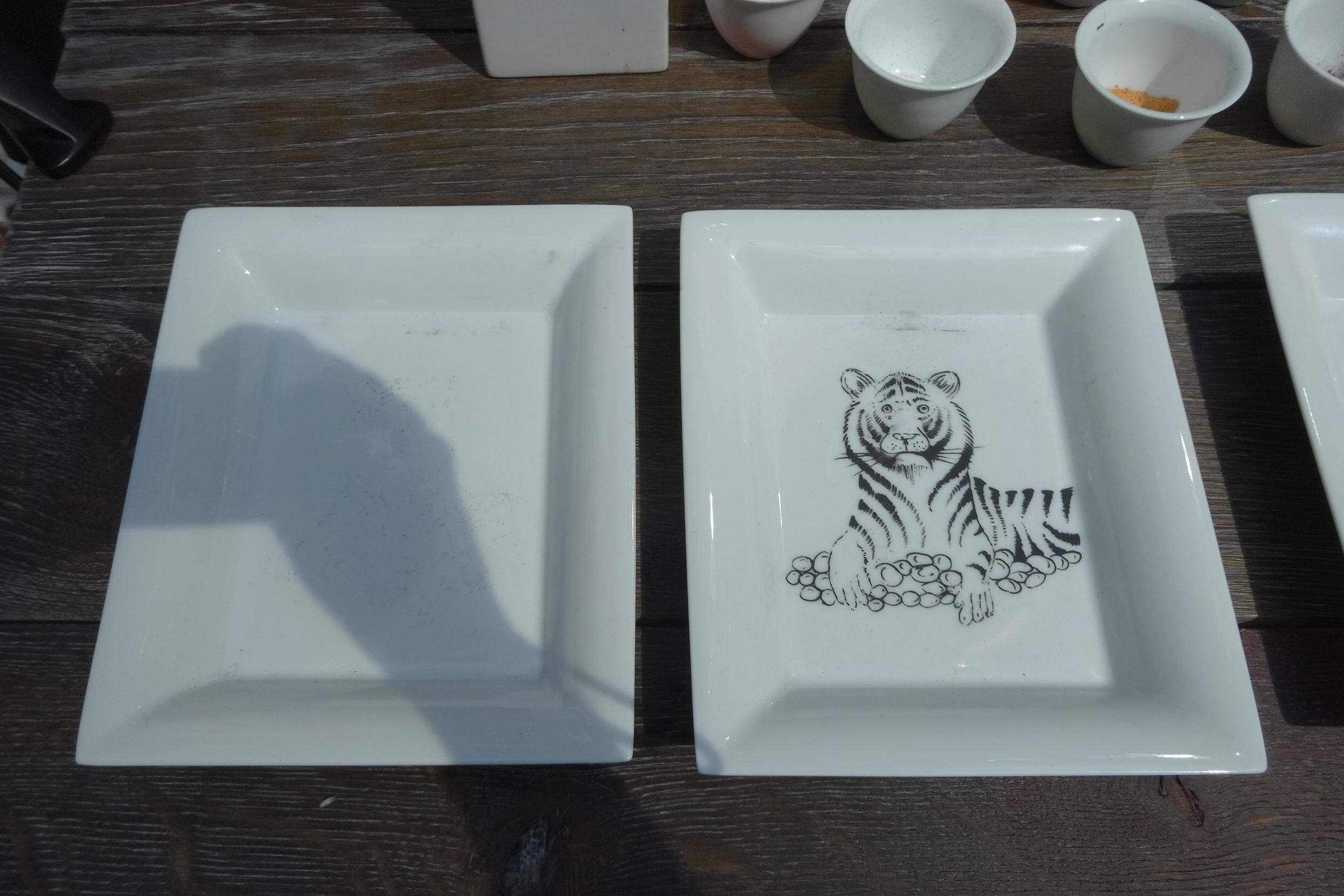 Hermes Festival des Metiers Porcelain Painter 5 HappyFace313