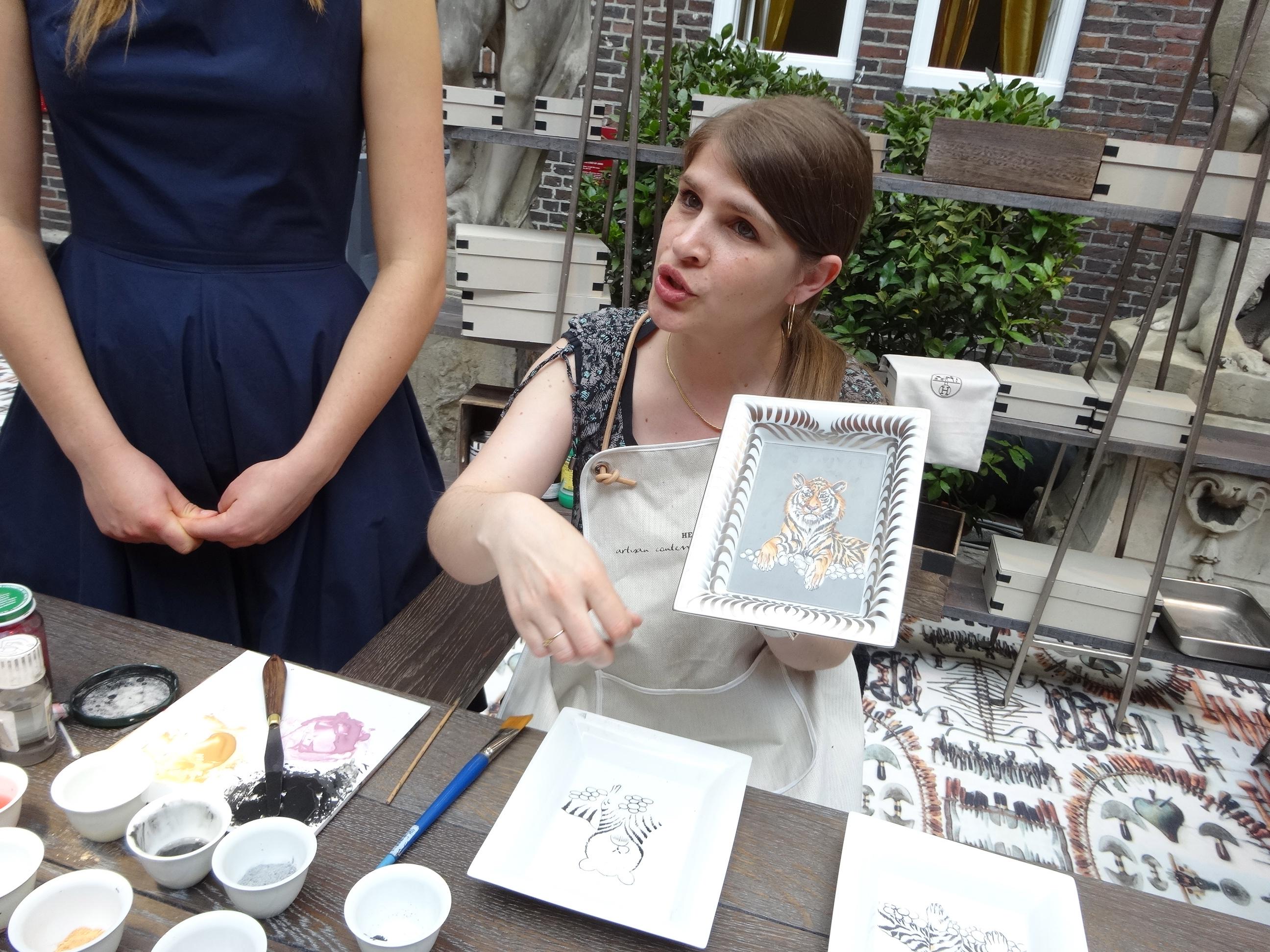 Hermes Festival des Metiers Peintre sur Porcelaine 7 HappyFace313
